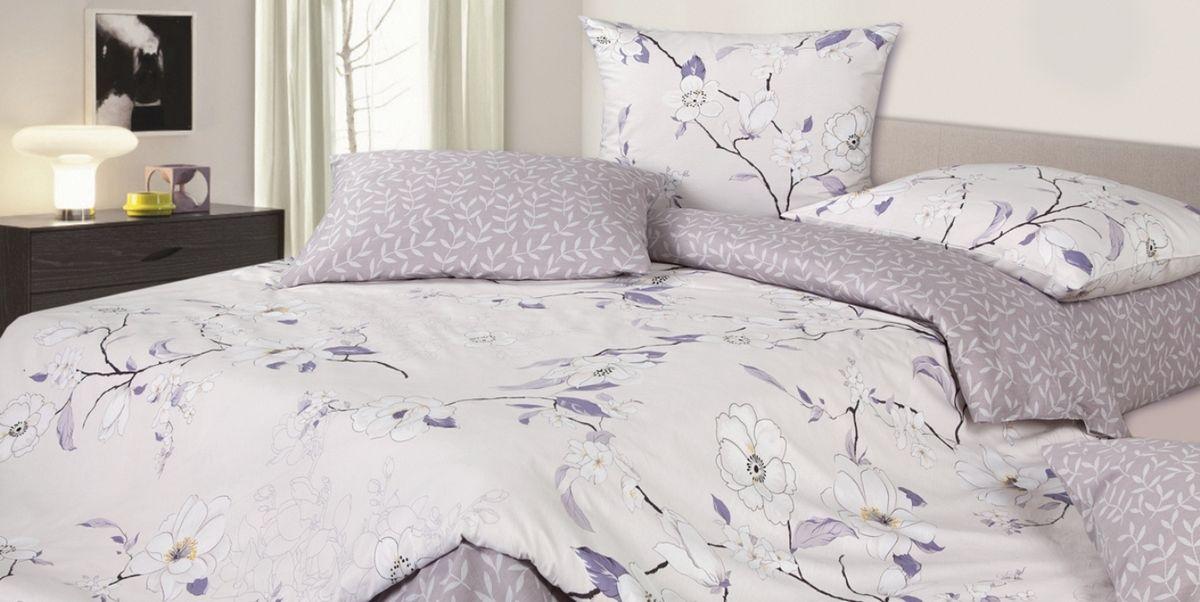 Комплект постельного белья Ecotex Гармоника Магнолия, цвет: фиолетовый. 2-х спальный с простыней ЕвроVCA-00Коллекция постельного бельяГармоника от Ecotex — это уникальное сочетание мягкости и нежности благородного сатина со свежестью дизайнерских решений.Коллекция представлена десятками вариантов расцветок, среди которых можно найти как нежные пастельные решения, так и яркие стильные оттенки, паттерны и их оригинальные сочетания. Сатиновая коллекция Гармоника рассчитана на взыскательных потребителей, ценящих стиль, оригинальный дизайн, а также собственный комфорт и нежное прикосновение ткани.