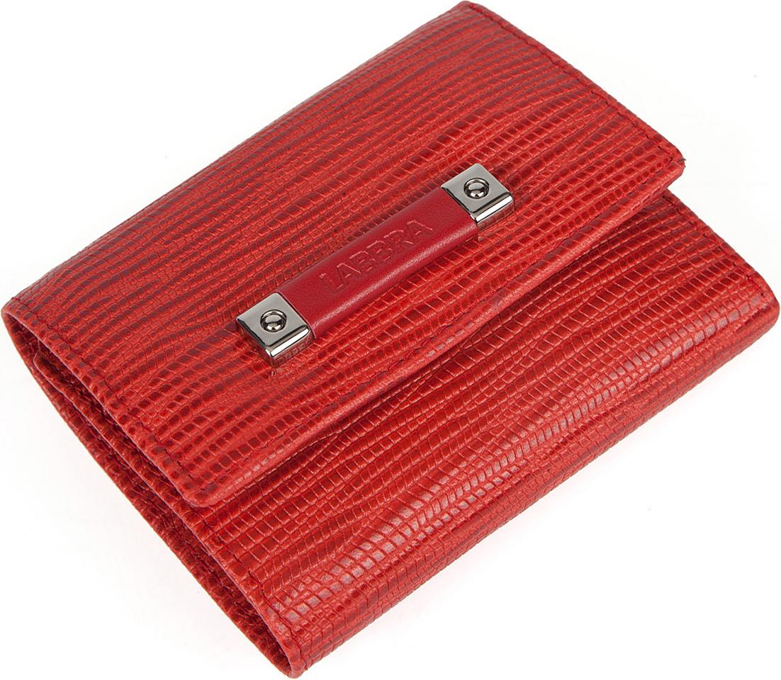Кошелек женский Labbra, цвет: красный. L050-890021-022_516Женский кошелёк торговой марки LABBRA из натуральной кожи. Модель закрывается на кнопку. В кошельке есть три складывающихся отделения для крупных купюр, одно их которых на молнии, 3 отделения для кредитных и дисконтных карт. Отделение для мелочи - внутри, закрывается на кнопку, имеет одно отделение.