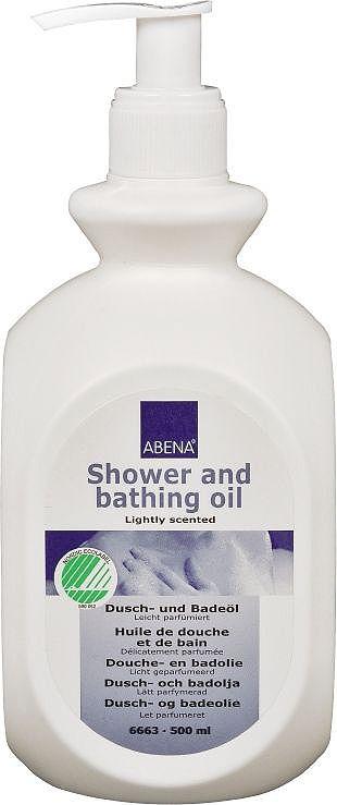 Abena Масло для душа и ванны, 500 млFS-00897Масло для душа и ванны от Abena для мягкого и эффективного ухода за телом и волосами. Можно наносить при необходимости быстрого смягчения кожи или в качестве шампуня для сухих волос и сухой раздраженной кожи головы.Масло обладает сильным увлажняющим эффектом, благодаря чему смягчает и разглаживает кожу тела и головы. Этот эффект достигается благодаря содержанию рапсового, кокосового и касторового масел.Масло не содержит красителей, рН-нейтрально, поэтому подходит для частого использования. Легкий приятный аромат подарит ощущение свежести после душа.