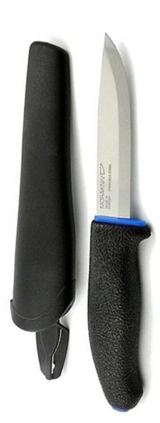 Нож туристический Morakniv 746, цвет: черный, синий, стальной, длина лезвия 10,2 см11482Morakniv 746 — многоцелевой нож скандинавского типа. Он вызывает неподдельную радость от качества изготовления и легкости работы таким доступным инструментом. В ноже есть все необходимое, что наиболее часто бывает нужно при простой работе ножом: отличная геометрия и оптимальная длина лезвия, удобство рукояти и ножен, простота в уходе и неприхотливость. Morakniv 746 с клинком из холоднокатаной нержавеющей стали Сандвик (Sandvik stainless steel) марки 12C27 - наиболее оптимальный выбор среди разнообразия моделей, ведь такой клинок требует наименьшего внимания и совершенно неприхотлив. Рукоять ножа выполнена из резинопластика, она имеет очень хорошее сцепление с ладонью и избегает проскальзывания в руке. Ее легко удерживать благодаря удобной форме и плавным изгибам. Простые, но в то же время, надежные ножны обеспечивают хорошее удержание ножа. Благодаря поясной петле их можно носить на ремне.Общая длина ножа: 22,5 см.