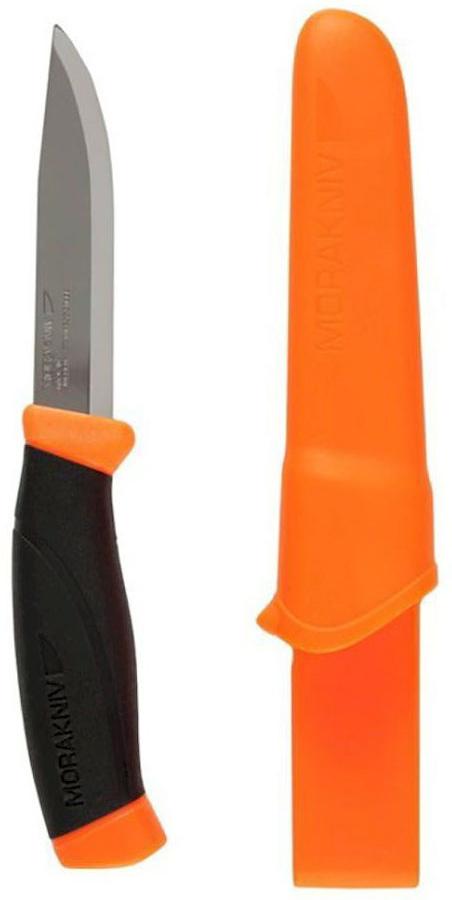 Нож туристический Morakniv Companion F, цвет: оранжевый, черный, стальной, длина лезвия 10,3 смG7371-ORТуристический нож Morakniv Companion F - это качественный и надежный походный аксессуар. Лезвие ножа изготовлено из высококачественной шведской нержавеющей стали, что позволило использовать данный нож во влажной среде. Эргономичная рукоятка позволит производить длительные и интенсивные работы с данным ножом. При этом вы не заработаете мозоли. Благодаря цветным вставкам в ручку, если он выпадет в траву, вы с легкостью его найдете. Тем самым уменьшится вероятность потери ножа. Нож оснащен превосходно выполненным чехлом (ножнами). Их вы сможете повесить на ремень благодаря специальному креплению. А фиксатор, который установлен в ножнах, не даст выпасть ножу, даже если вы будете носить его вертикально.Общая длина ножа: 21,8 см.