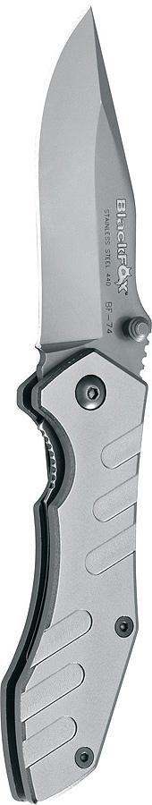 Нож складной Fox Black Fox, цвет: серый металлик, длина клинка 7 см. OF/BF-74OF/BF-74Складной нож OF/ BF-74 от компании FOX станет хорошим подарком и незаменимым помощником на кухне, на охоте или в путешествии. Несмотря на свои малые габариты, он обладает целым рядом достоинств:- Высокопрочная сталь 440А- Титановое покрытие лезвия- Удобная рукоять из анодированного алюминия- Эргономичный дизайнОбщая длина клинка: 16 см.Длина клинка: 7 см.Толщина клинка: 2,5 мм.