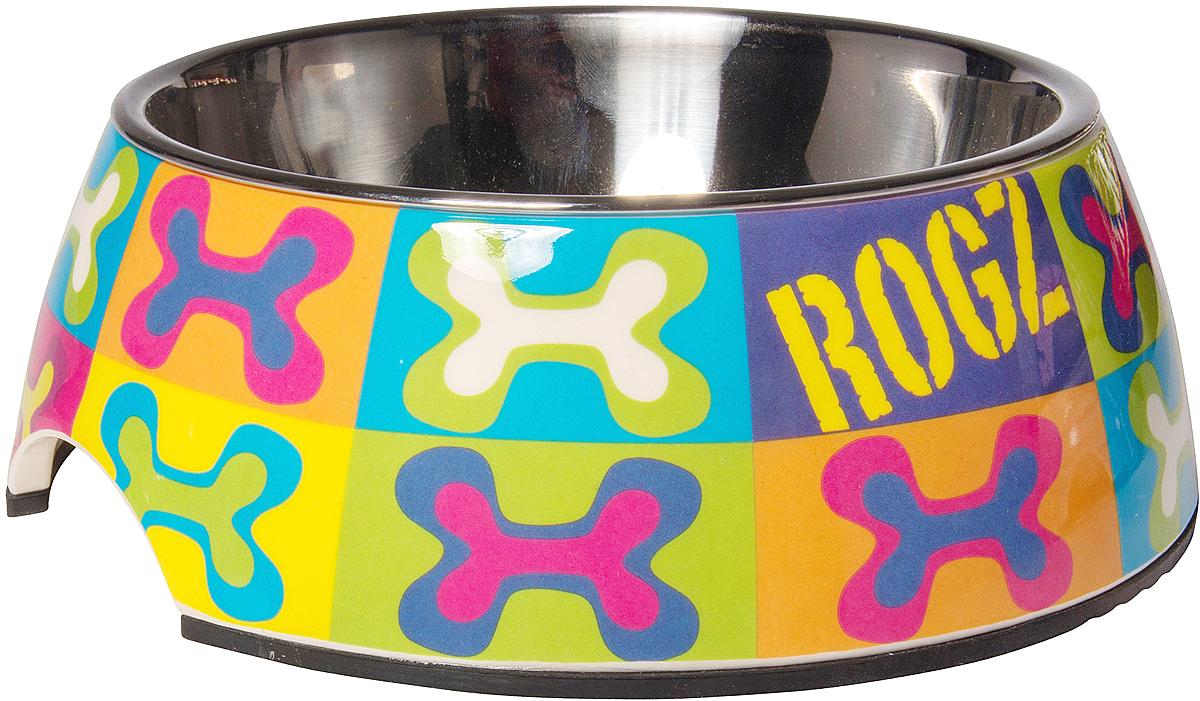 Миска для собак Rogz Fancy Dress, 700 мл. BOWL05BW0120710Уникальный дизайн миски для собак Rogz Fancy Dress 2 в 1: корпус из меламина и вынимаемая миска из нержавеющей стали.Ударопрочный материал изделия нетоксичен и полностью отвечает всем гигиеническим требованиям.Высокая защита от коррозии и воздействия УФ лучей.Основание миски выполнено из натурального, нетоксичного силикона, что позволяет избежать скольжения по полу.Возможна мойка в посудомоечной машине. Материал: нержавеющая сталь, меламин, силикон (дно).