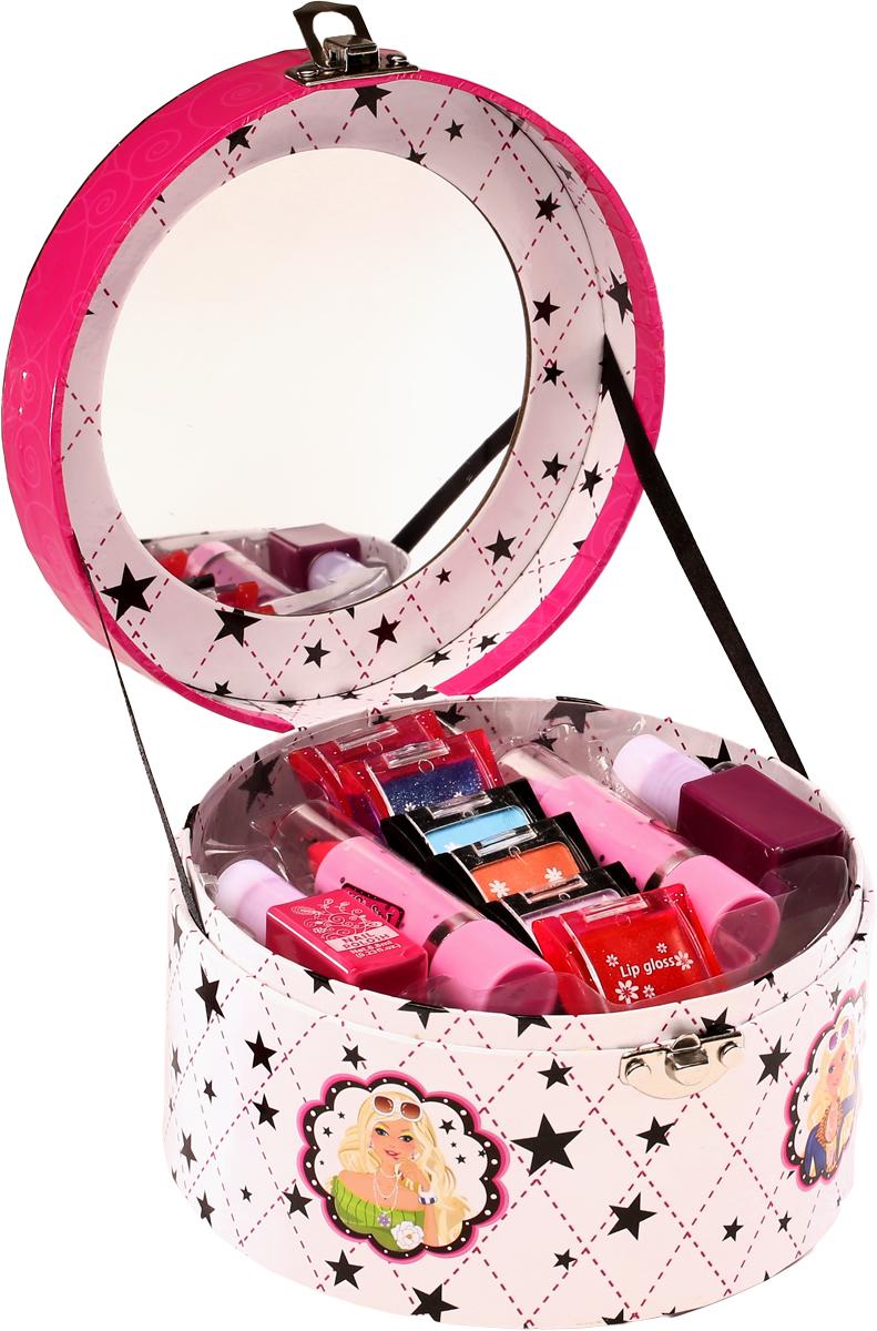 Totally Fashion Набор детской декоративной косметики Бонбоньерка5060449188290В наборе: тени для глаз - 3 тона, блеск для губ- 3 тона, лак для ногтей- 2 тона, помада -2 тона. Имеется ПАСПОРТ БЕЗОПАСНОСТИ МАТЕРИАЛА/ Макияж можно снять, с помощью ватного диска, используя средство для снятия макияжа или просто тёплой водой. Для снятия лака не нужны специальные средства: лак постепенно смывается водой, при мытье рук в течение 2-х дней, или же его можно удалить с помощью детского масла. Замечательный набор декоративной косметики для маленькой принцессы позволит понять прелести женских штучек. В комплекте маленькая модница найдет для себя по три оттенка блеска для губ и теней для век, а также по два цвета губной помады и лака для ногтей. Косметика безопасна для ребенка, так как обладает гипоаллергенными свойствами. Она легко смывается водой, не оставляя следов. Набор представлен в удобной шкатулочке, которая легко закрывается с помощью застежки. Внутри на крышке имеется удобное зеркальце круглой формы, а снаружи - ручка, чтобы носить косметику с собой.