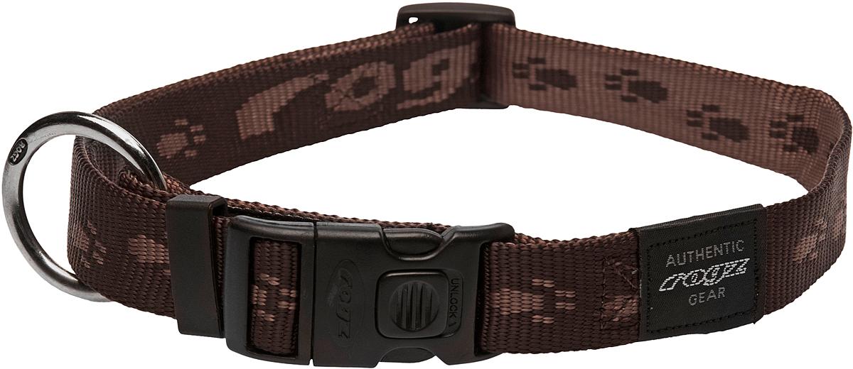 Ошейник для собак Rogz Alpinist, цвет: коричневый, ширина 2,5 см. Размер XL0120710Ошейник для собак Rogz Alpinist представляет собой мягкую нейлоновую ленту, которая обладает высокой прочностью. Особое плетение полотна способствует увеличению уровня прочности и защиты. Специальная конструкция пряжки Rog Loc - очень крепкая (система Fort Knox). Замок может быть расстегнут только рукой человека. Технология распределения нагрузки позволяет снизить нагрузку на пряжки, изготовленные из титанового пластика, с помощью правильного и разумного расположения грузовых колец.Особые контурные пластиковые компоненты. Специальная округлая форма конструкции позволяет ошейнику комфортно облегать шею собаки.Выполненные специально по заказу Rogz литые кольца гальванически хромированы, что позволяет избежать коррозии и потускнения изделия.