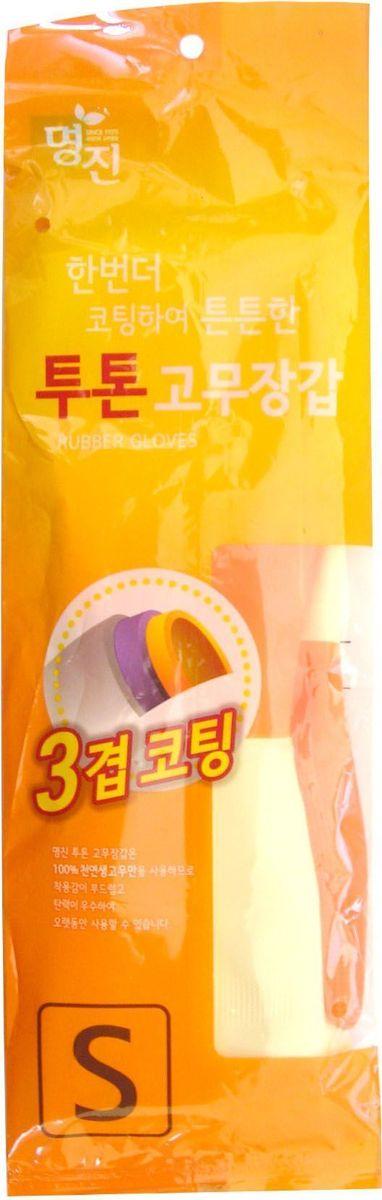 Перчатки хозяйственные Myungjin Rubber Glove. Two Tone, латексные, двухцветные, размер: S. H2NN-604-LS-BUЛатексные перчатки защищают руки во время проведения бытовых и хозяйственных работ. Перчатки удобны в использовании, гигиеничны, долговечны.Особенности продукта:при изготовлении используется только 100% натуральный каучук, что придает перчаткам мягкость, повышенную прочность и делает возможным их длительное использование;в процессе производства перчатки подвергаются термической обработке, проходят полную дезинфекцию и обладают антибактериальным эффектом;отличная функциональность и эргономичный дизайн позволяет использовать их длительное время без негативного воздействия на руки.В области ладони и пальцев на перчатки нанесено противоскользящее покрытие. Края перчаток дополнительно обработаны износостойким веществом.Резиновые перчатки MYUNGJIN одобрены Корейским исследовательско - испытательным институтом как антибактериальные и не вызывающие раздражения кожи рук; имеют сертификаты качества ISO 9001, 14001.Для большего комфорта рекомендуется использовать вместе с неткаными перчатками марки MYUNGJIN, которые обеспечивают гигиену рук, впитывают влагу, сохраняют тепло при долгом нахождении в холодной воде.Способ применения: используйте перчатки в бытовых целях. При необходимости сушите, вывернув наизнанку. В случае появления запаха тщательно промойте.Меры предосторожности: сушить, избегая попадания прямых солнечных лучей. Во избежание травм соблюдать меры предосторожности при работе с острыми предметами. Не использовать при работе с нефтепродуктами и химическими препаратами. Не класть в озоновые стиральные машинки и холодильники.В случае возникновения аллергии или раздражения кожи, прекратите использование или воспользуйтесь дополнительно неткаными перчатками марки MYUNGJIN.Состав: натуральный каучук, краситель, диоксид титана, ускорители вулканизации, оксид цинка, сера, R-воск, пеногаситель, стабилизатор латекса, диспергатор, гидроксид калия, нашатырный спирт.
