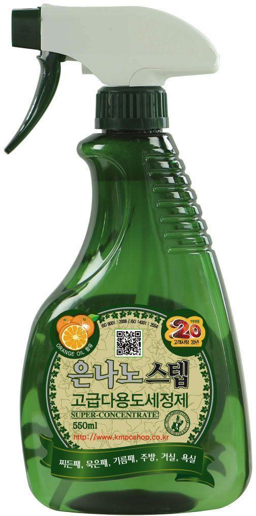 Универсальное чистящее средство KMPC Nano Silver Step. Multi-Purpose Cleaner, для дома, с серебром. 58001568/5/3Суперконцентрированное, высокоэффективное очищающее средство, в состав которого входят натуральное масло апельсина, экстракт плюща, а также частицы серебра, отлично удаляет жирные загрязнения, налет и въевшуюся грязь. Применяется на кухне, в гостиной и ванной комнате. Особенности продукта: экологически чистое очищающее средство защищает и не сушит кожу, оказывает антибактериальное действие, стерилизует очищаемую поверхность, удаляет пятна с одежды.Область применения: газовая плита, раковина, вытяжка, микроволновая печь, холодильник, столешница, ванна, кафель, унитаз, оргтехника, пол, одежда (обработка пятен). Способы применения:1. Распылить на загрязненную поверхность 1~2 раза, очистить щеткой или губкой, затем протереть смоченной мягкой тканью.2. Распылить на пятно на одежде перед стиркой.3. Не распылять на окрашиваемые, лакированные, обработанные воском поверхности, мебель, зеркала, стекла. Такие поверхности следует протирать, смочив ткань в предварительно разбавленном растворе (1/10).Меры предосторожности: хранить в недоступном для детей месте. При появлении аллергических реакций прекратить применение. При попадании в глаза не растирать, промыть чистой водой, при необходимости обратиться к врачу. Не глотать. В случае если вы проглотили средство, следует немедленно обратиться к врачу. Применять строго по назначению. Перед стиркой проверить окраску ткани, распылив средство на незаметный участок одежды.Состав: вода, апельсиновое масло, частицы серебра, экстракт плюща, d-лимонен, DGB-LO: диэтиленгликоль t-бутил эфир, кокамид DEA, лимонная кислота