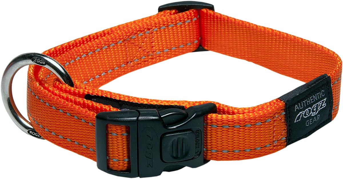Ошейник для собак Rogz Utility, цвет: оранжевый, ширина 2,5 см. Размер XL0120710Ошейник для собак Rogz Utility  со светоотражающей нитью, вплетенной в нейлоновую ленту, обеспечивает лучшую видимость собаки в темное время суток. Специальная конструкция пряжки Rog Loc - очень крепкая (система Fort Knox). Замок может быть расстегнут только рукой человека. Технология распределения нагрузки позволяет снизить нагрузку на пряжки, изготовленные из титанового пластика, с помощью правильного и разумного расположения грузовых колец.Особые контурные пластиковые компоненты. Специальная округлая форма конструкции позволяет ошейнику комфортно облегать шею собаки.Выполненные специально по заказу Rogz литые кольца гальванически хромированы, что позволяет избежать коррозии и потускнения изделия.