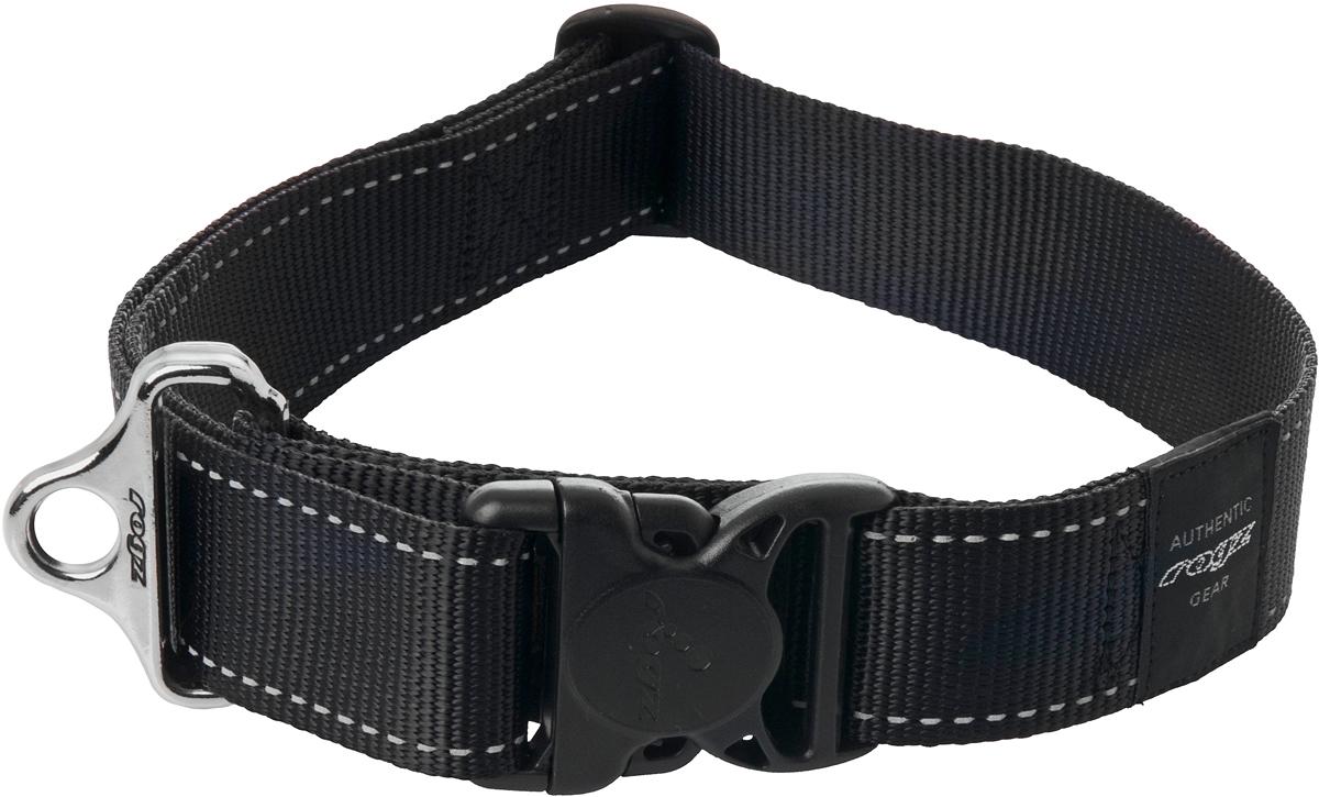 Ошейник для собак Rogz Utility, цвет: черный, ширина 4 см. Размер XXL0120710Ошейник для собак Rogz Utility  со светоотражающей нитью, вплетенной в нейлоновую ленту, обеспечивает лучшую видимость собаки в темное время суток. Специальная конструкция пряжки Rog Loc - очень крепкая (система Fort Knox). Замок может быть расстегнут только рукой человека. Технология распределения нагрузки позволяет снизить нагрузку на пряжки, изготовленные из титанового пластика, с помощью правильного и разумного расположения грузовых колец.Особые контурные пластиковые компоненты. Специальная округлая форма конструкции позволяет ошейнику комфортно облегать шею собаки.Выполненные специально по заказу Rogz литые кольца гальванически хромированы, что позволяет избежать коррозии и потускнения изделия.