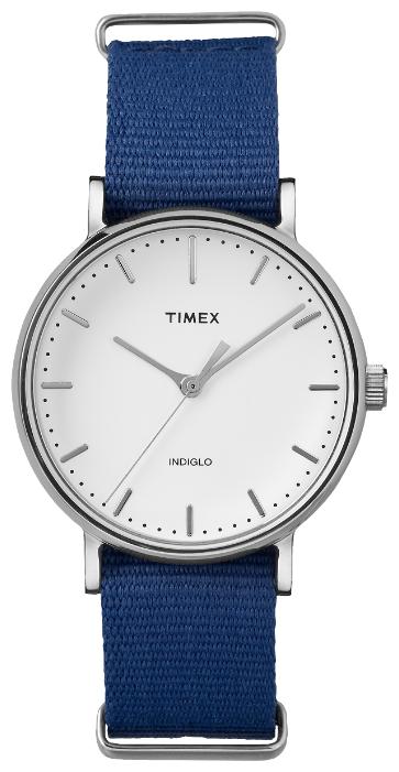 Наручные часы женские Timex Weekender, цвет: серебряный. TW2P98200BM8434-58AEКорпус 37 мм серебристого цвета, на нейлоновом ремешке; минеральное стекло; аналоговый циферблат белого цвета, индексы; подсветка INDIGLO; водозащита 3 AТМ.