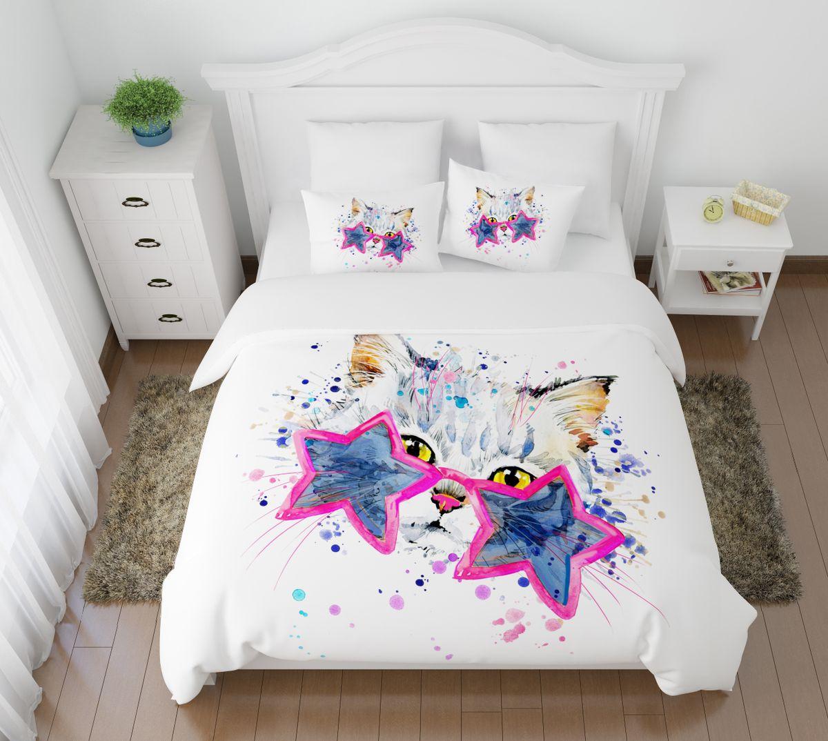 Комплект белья Сирень Звездный кот, 2-спальный, наволочки 50х70VCA-00Комплект постельного белья Сирень 2-х спальный выполнен из прочной и мягкой ткани. Четкий и стильный рисунок в сочетании с насыщенными красками делают комплект постельного белья неповторимой изюминкой любого интерьера. Постельное белье идеально подойдет для подарка. Идеальное соотношение смешенной ткани и гипоаллергенных красок это гарантия здорового, спокойного сна. Ткань хорошо впитывает влагу, надолго сохраняет яркость красок. Цвет простыни, пододеяльника, наволочки в комплектации может немного отличаться от представленного на фото.В комплект входят: простыня - 200х220см; пододельяник 175х210 см; наволочка - 50х70х2шт. Постельное белье легко стирать при 30-40 градусах, гладить при 150 градусах, не отбеливать.Рекомендуется перед первым изпользованием постирать.