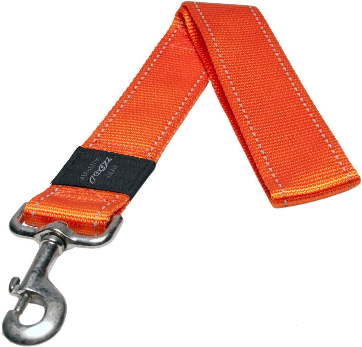 Поводок для собак Rogz Utility, цвет: оранжевый, ширина 4 см. Размер XXL0120710Поводок для собак Rogz Utility  со светоотражающей нитью, вплетенной в нейлоновую ленту, обеспечивает лучшую видимость собаки в темное время суток. Специальная конструкция пряжки Rog Loc - очень крепкая (система Fort Knox). Замок может быть расстегнут только рукой человека. Технология распределения нагрузки позволяет снизить нагрузку на пряжки, изготовленные из титанового пластика, с помощью правильного и разумного расположения грузовых колец, благодаря чему, даже при самых сильных рывках, изделие не рвется и не деформируется.Выполненные специально по заказу ROGZ литые кольца гальванически хромированы, что позволяет избежать коррозии и потускнения изделия.