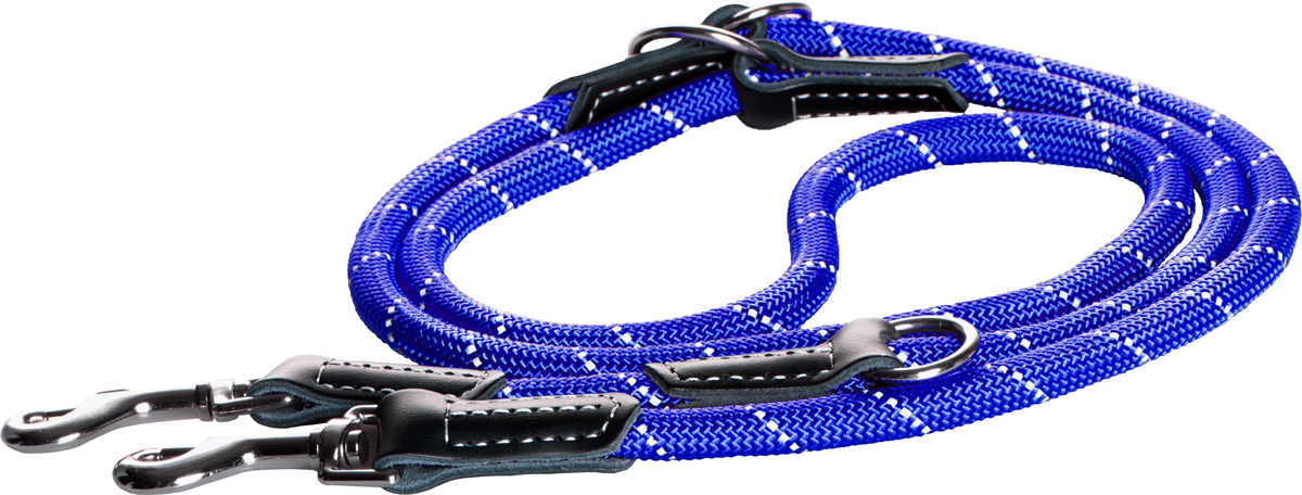 Поводок-перестежка для собак Rogz Rope, цвет: синий, ширина 1,2 см. Размер LHLL523JПоводок перестежка для собак Rogz Rope выполнен из очень мягкого, но прочного нейлона, который не причинит неудобства собаке. Высококачественная тесьма особого плетения, удивительно мягкая на ощупь, не стирает и не путает шерсть даже длинношерстным собакам. Особо прочный закругленный нейлон препятствует разгрызанию и деформации изделий. Выполненные по заказу литые кольца выдерживают значительные физические нагрузки и имеют хромирование, нанесенное гальваническим способом, что позволяет избежать коррозии и потускнения изделия.Светоотражающая нить, вплетенная в нейлоновую ленту, обеспечивает видимость животного в темное время суток.Многофункциональный поводок-перестежку можно использовать как: поводок для двух собак; короткий, средний или удлиненный поводок (1м, 1.3м, 1.6м); поводок через плечо; временную привязь.Элементы изделия выполнены из 100% кожи.