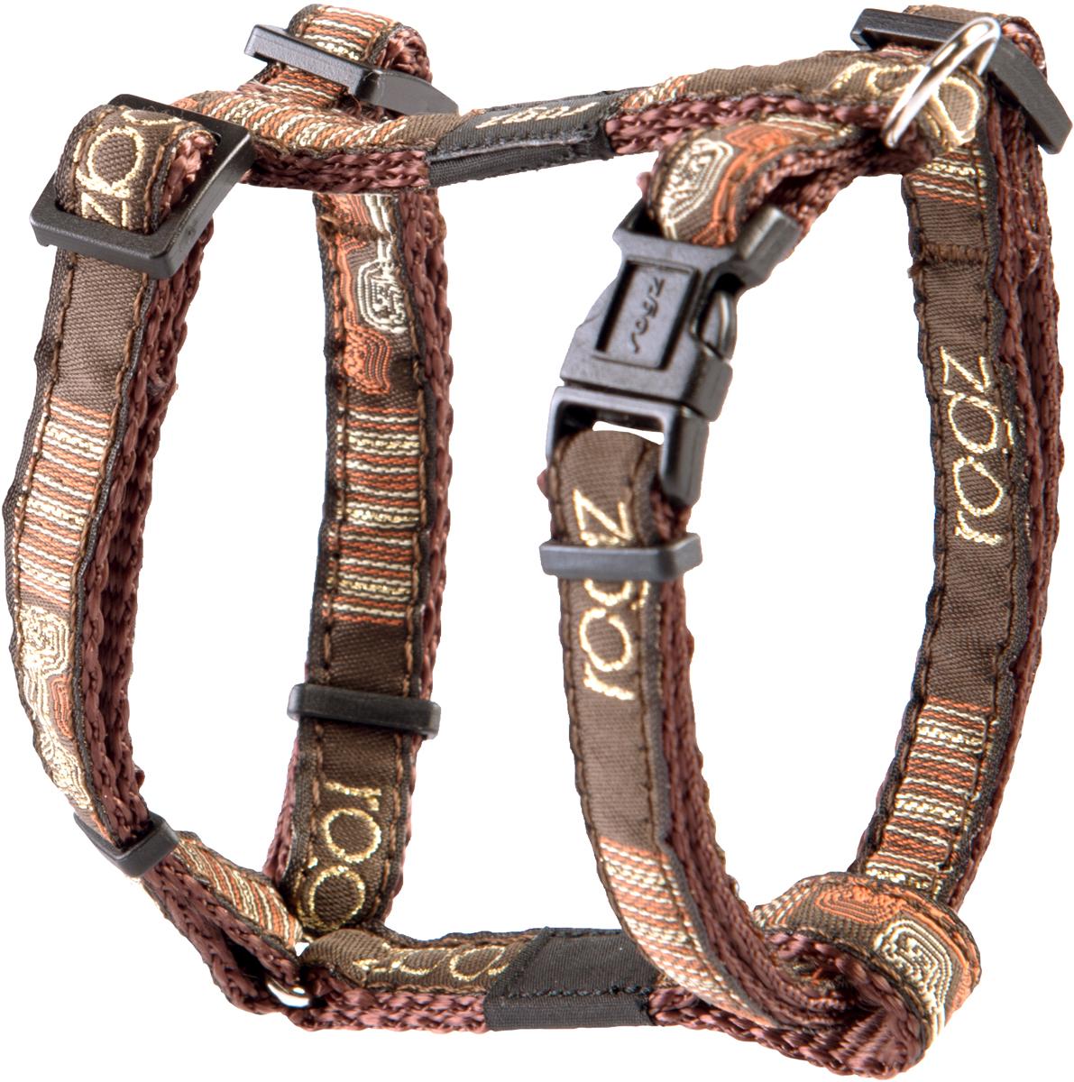 Шлейка для собак Rogz Fancy Dress, цвет: коричневый, ширина 1,1 см0120710Шлейка для собак Rogz Fancy Dress имеет необычный дизайн. Широкая гамма потрясающе красивых орнаментов на прочной тесьме поверх нейлоновой ленты украсит вашего питомца.Застегивается, не доставляя неудобство собаке.Специальная конструкция пряжки Rog Loc - очень крепкая(система Fort Knox). Замок может быть расстегнут только рукой человека.С помощью системы ремней изделие подгоняется под животного индивидуально.Необыкновенно крепкая и прочная шлейка.Выполненные по заказу литые кольца выдерживают значительные физические нагрузки и имеют хромирование, нанесенное гальваническим способом, что позволяет избежать коррозии и потускнения изделия.Легко можно прикрепить к ошейнику и поводку.