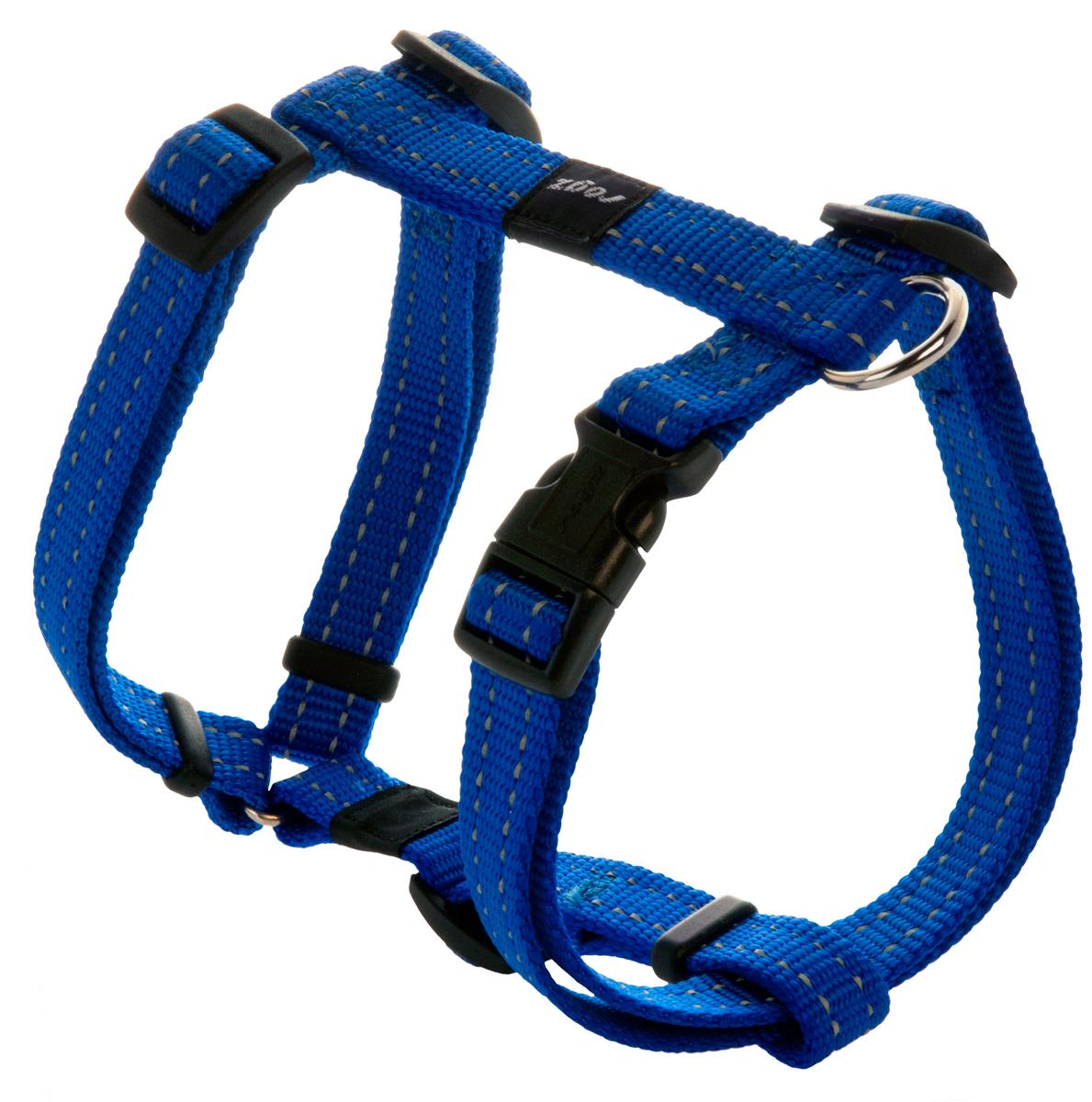 Шлейка для собак Rogz Utility, цвет: синий, ширина 1,6 см. Размер M0120710Шлейка для собак Rogz Utility со светоотражающей нитью, вплетенной в нейлоновую ленту, обеспечивает лучшую видимость собаки в темное время суток. Специальная конструкция пряжки Rog Loc - очень крепкая (система Fort Knox). Замок может быть расстегнут только рукой человека. Технология распределения нагрузки позволяет снизить нагрузку на пряжки, изготовленные из титанового пластика, с помощью правильного и разумного расположения грузовых колец, благодаря чему, даже при самых сильных рывках, изделие не рвется и не деформируется.Выполненные специально по заказу ROGZ литые кольца гальванически хромированы, что позволяет избежать коррозии и потускнения изделия.
