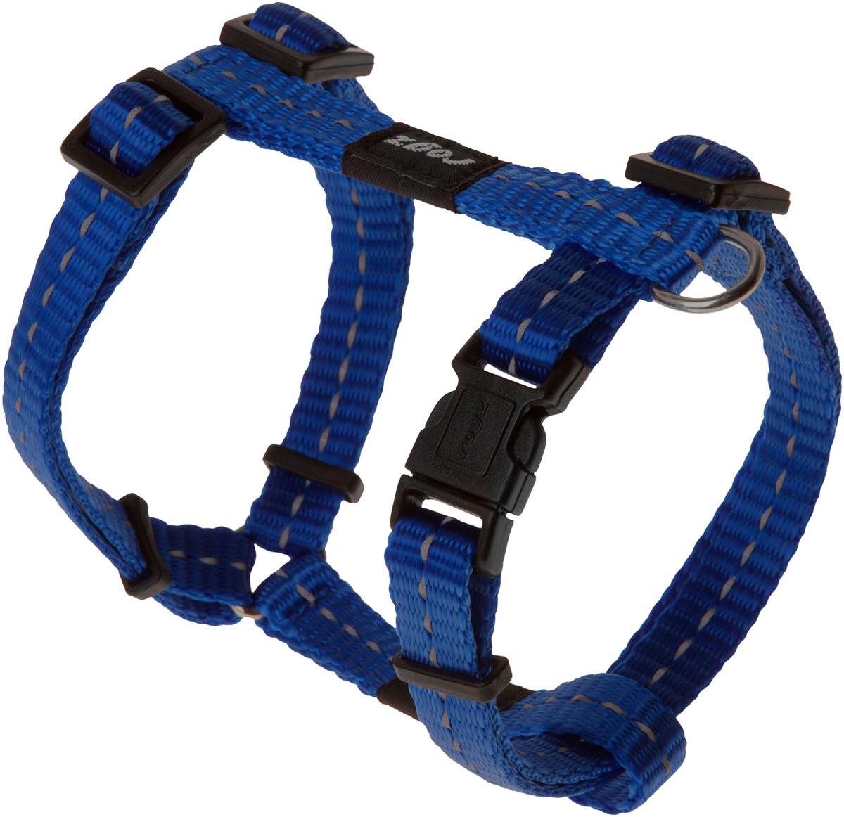 Шлейка для собак Rogz Utility, цвет: синий, ширина 1,1 см. Размер S0120710Шлейка для собак Rogz Utility со светоотражающей нитью, вплетенной в нейлоновую ленту, обеспечивает лучшую видимость собаки в темное время суток. Специальная конструкция пряжки Rog Loc - очень крепкая (система Fort Knox). Замок может быть расстегнут только рукой человека. Технология распределения нагрузки позволяет снизить нагрузку на пряжки, изготовленные из титанового пластика, с помощью правильного и разумного расположения грузовых колец, благодаря чему, даже при самых сильных рывках, изделие не рвется и не деформируется.Выполненные специально по заказу ROGZ литые кольца гальванически хромированы, что позволяет избежать коррозии и потускнения изделия.