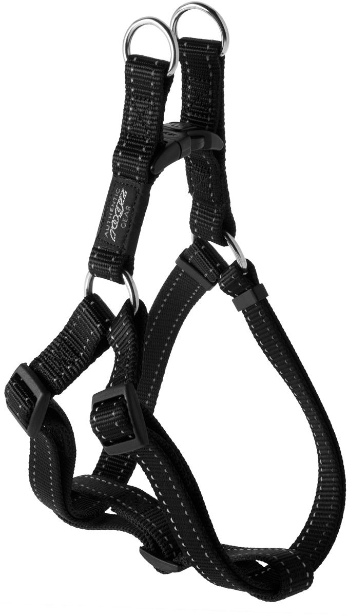 Шлейка для собак Rogz Utility, цвет: черный, ширина 2 см. Размер L. SSJ060120710Шлейка для собак Rogz Utility со светоотражающей нитью, вплетенной в нейлоновую ленту, обеспечивает лучшую видимость собаки в темное время суток. Специальная конструкция пряжки Rog Loc - очень крепкая (система Fort Knox). Замок может быть расстегнут только рукой человека. Технология распределения нагрузки позволяет снизить нагрузку на пряжки, изготовленные из титанового пластика, с помощью правильного и разумного расположения грузовых колец, благодаря чему, даже при самых сильных рывках, изделие не рвется и не деформируется.Выполненные специально по заказу ROGZ литые кольца гальванически хромированы, что позволяет избежать коррозии и потускнения изделия.
