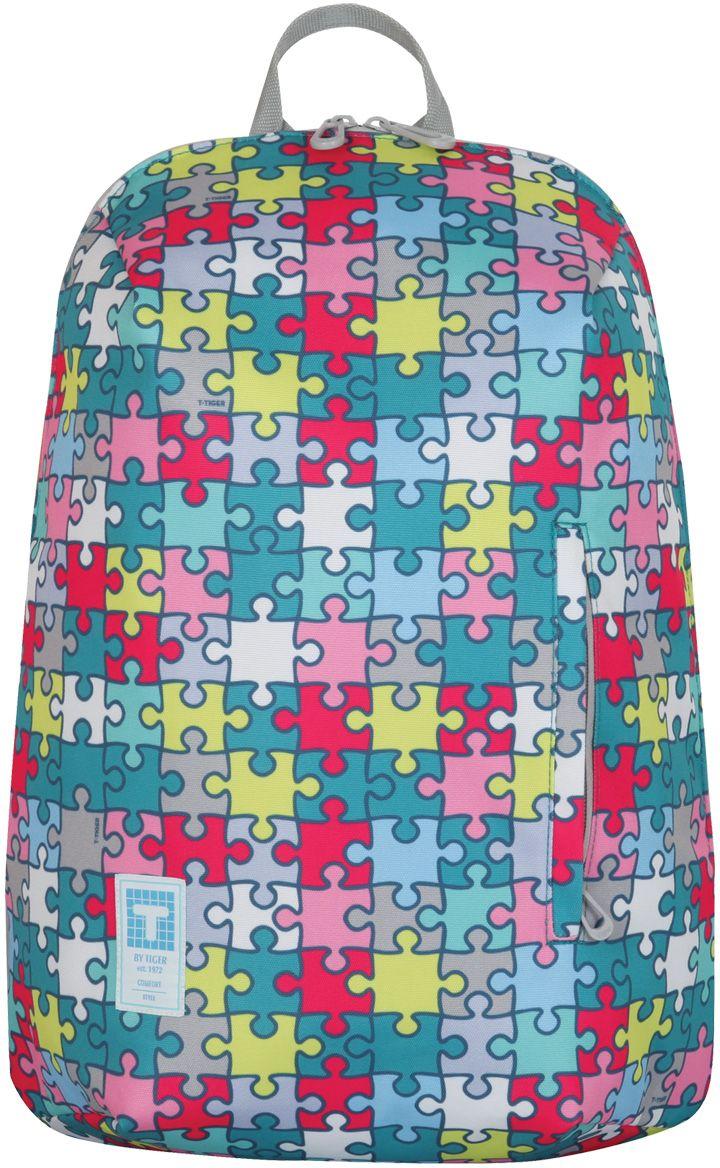 Tiger Enterprise Рюкзак Пазлы225571Стильный рюкзак для креативных девушек, умеющих выделяться.Оригинальный принт и яркие цветовые акценты, компактное, но вместительное внутреннее отделение с дополнительным карманом - в этом рюкзаке каждая деталь на своем месте.Широкие регулируемые лямки для комфорта даже при длительном ношении. Рюкзак Tiger Enterprise Пазлы специально для вас!