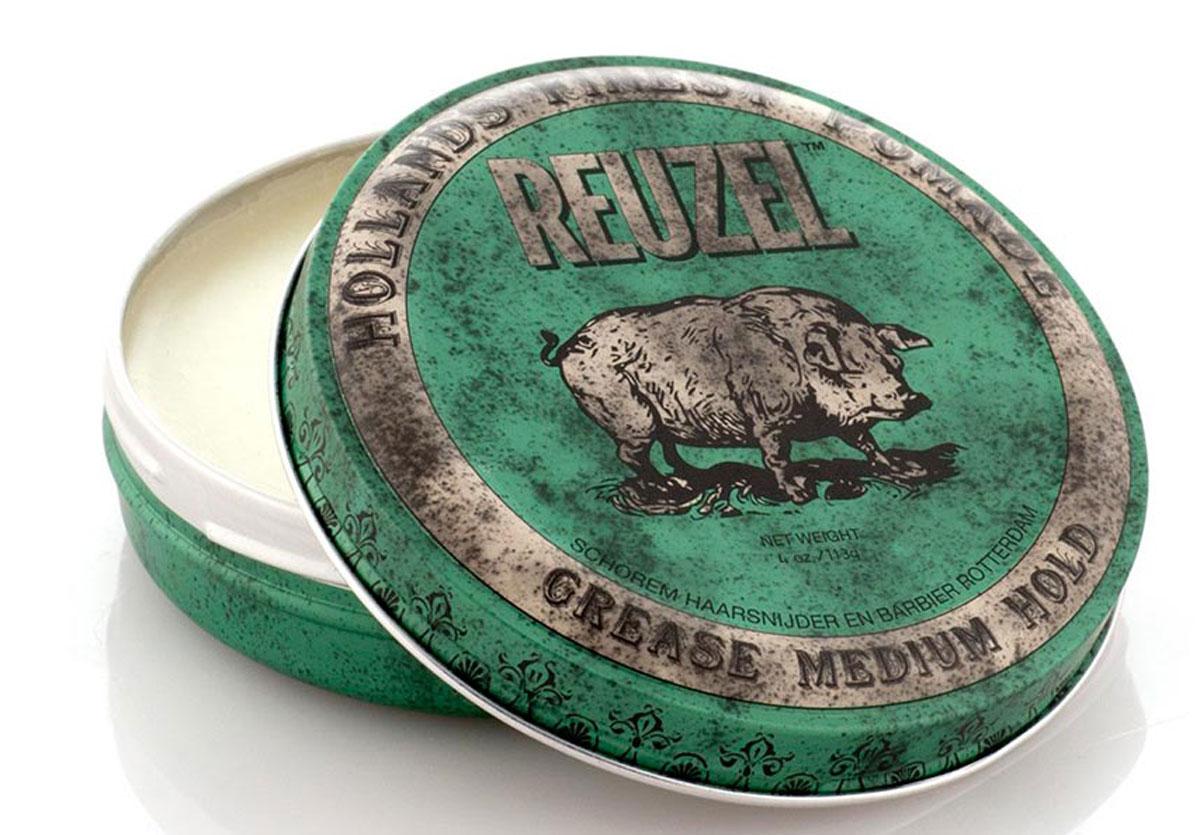 Reuzel помада для укладки волос, зеленая банка 113грMP59.4DПомада REUZEL GREASE зелёная: средняя фиксацияReuzel Grease в зелёной банке - это помада на основе воска и масла безупречного качества. Даёт мягкое среднее сияние и превосходную фиксацию. Reuzel Grease Pomade идеально подходит как для классики: помпадур, квифф, контур, так и для современных смелых форм. Помада подходит для нормальных и плотных волос, обеспечивает сильную (жёсткую) фиксацию, позволяя придавать причёске любую форму. Зелёный REUZEL в духе классических помад пахнет яблоком и перечной мятой.- Жёсткая фиксация как у геля- Среднее сияние- На основе воска и масла безупречного качества- Справляется с самыми кудрявыми, плотными и непослушными волосами- Превосходная прическа весь день