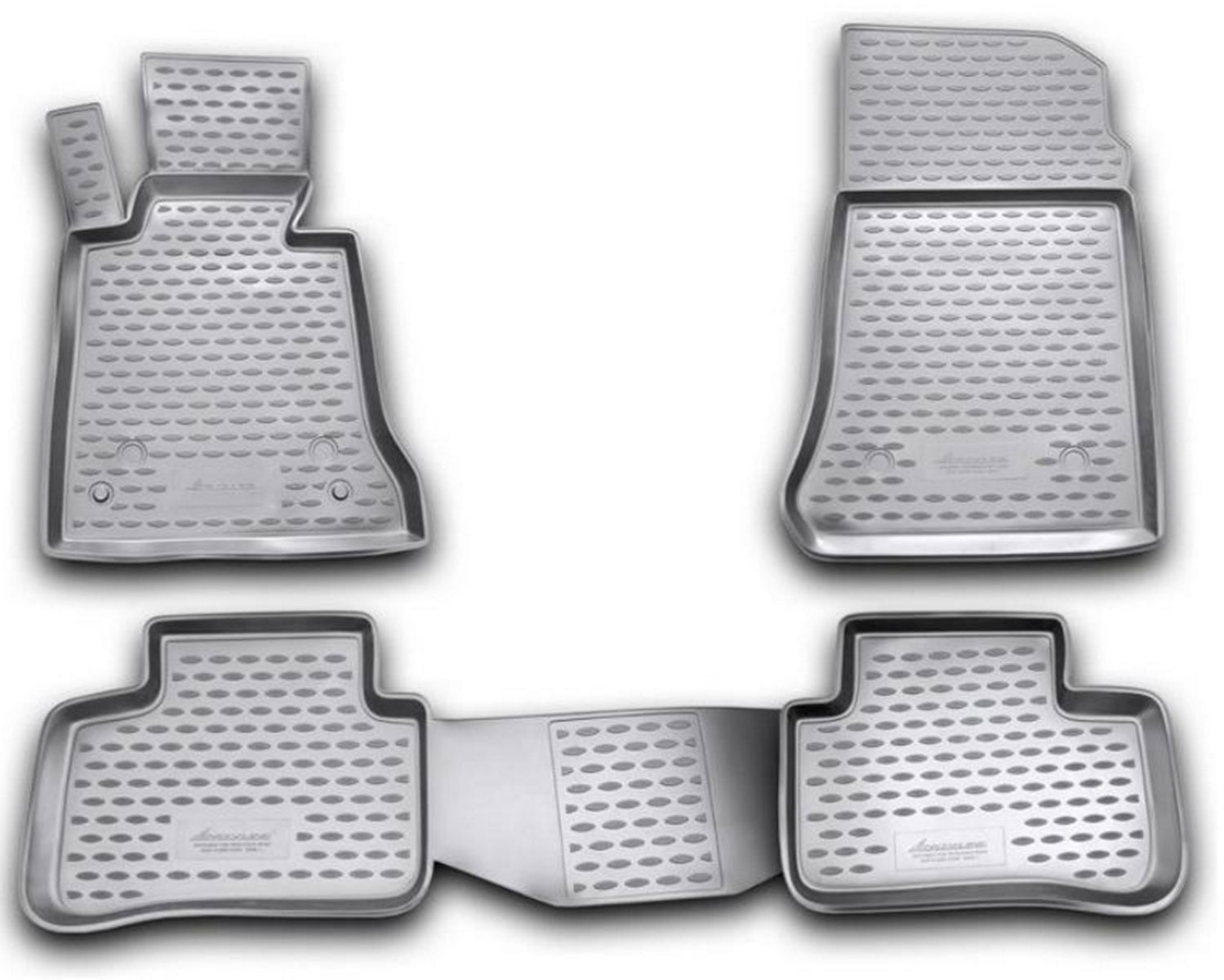 Коврики в салон автомобиля Novline-Autofamily для Mercedes-Benz GLK x204, 2008 -, 4 штАксион Т-33Коврики Novline-Autofamily улучшат внешний вид салона автомобиля и надежно уберегут его от пыли, грязи и сырости, а значит, защитят кузов от коррозии. Полиуретановые коврики гладкие, приятные и не пропускает влагу. Полиуретановые автомобильные коврики произведены из высококачественного материала, который держит форму и не пачкает обувь. Коврики надежно крепятся на полу и не скользят, что очень важно во время движения, особенно для водителя. Изделия из полиуретана надежно удерживают грязь и влагу, при этом всегда выглядят довольно опрятно. И чистятся они очень просто: как при помощи автомобильного пылесоса, так и различными моющими средствами.