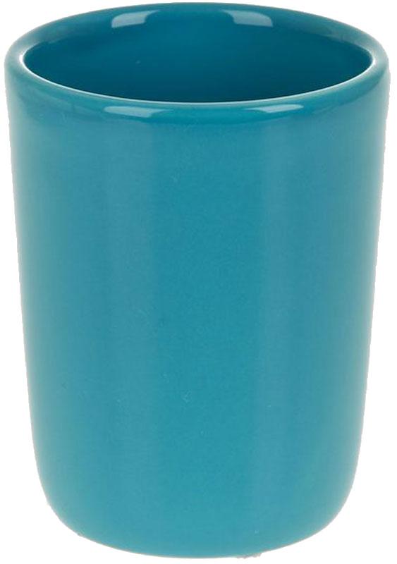 Стакан для ванной White Clean Blue, 200 мл68/5/4Стакан для ванной White CLEAN Blue изготовлен из прочной качественной керамики, покрытой глазурью. Изделие предназначено для хранения зубной пасты, бритв и других принадлежностей для гигиены. Такой стакан красиво дополнит интерьер ванной комнаты и отлично сочетается с другими аксессуарами из коллекции Blue.