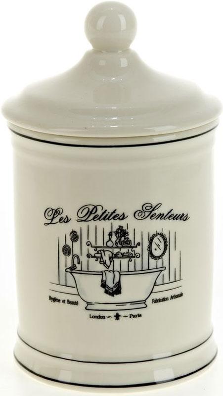 Стакан для гигиенических принадлежностей White Clean Винтаж, с крышкой, 600 мл68/5/3Стакан для ванной комнаты White CLEAN Винтаж изготовлен из натуральной и элегантной керамики молочного цвета с оригинальным дизайном.В стакане удобно хранить принадлежности для гигиены, закрывается крышкой. Изделие прекрасно дополнит интерьер вашей ванной комнаты и отлично сочетается с другими аксессуарами из коллекции Винтаж.