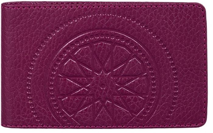 Визитница женская Fabula Talisman, цвет: бордовый. V.72.SNINT-06501Визитница из коллекции «Talisman» выполнен из натуральной кожи. На внутреннем развороте 2 кармана из прозрачного пластика, внутренний блок из прозрачного пластика на 20 кредитных/ 40 визитных карт.
