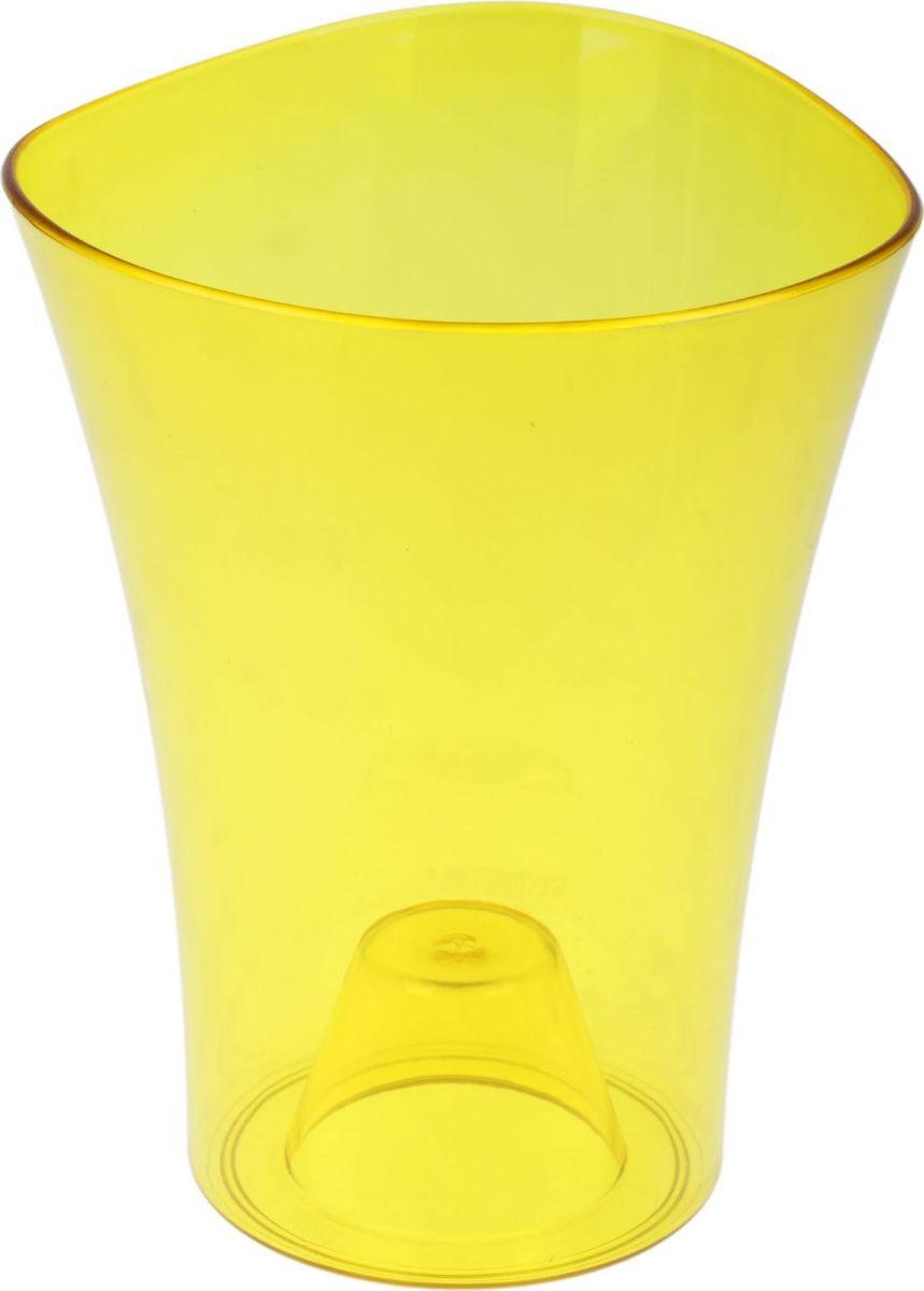 Кашпо JetPlast Волна орхидейная, цвет: желтый, 1,3 л531-105Любой, даже самый современный и продуманный интерьер будет не завершённым без растений. Они не только очищают воздух и насыщают его кислородом, но и заметно украшают окружающее пространство. Такому полезному члену семьи просто необходимо красивое и функциональное кашпо, оригинальный горшок или необычная ваза! Мы предлагаем - Кашпо 1,3 л Волна орхидейная, цвет желтый! Оптимальный выбор материала пластмасса! Почему мы так считаем? -Малый вес. С лёгкостью переносите горшки и кашпо с места на место, ставьте их на столики или полки, подвешивайте под потолок, не беспокоясь о нагрузке. -Простота ухода. Пластиковые изделия не нуждаются в специальных условиях хранения. Их легко чистить достаточно просто сполоснуть тёплой водой. -Никаких царапин. Пластиковые кашпо не царапают и не загрязняют поверхности, на которых стоят. -Пластик дольше хранит влагу, а значит растение реже нуждается в поливе. -Пластмасса не пропускает воздух корневой системе растения не грозят резкие перепады температур. -Огромный выбор форм, декора и расцветок вы без труда подберёте что-то, что идеально впишется в уже существующий интерьер. Соблюдая нехитрые правила ухода, вы можете заметно продлить срок службы горшков, вазонов и кашпо из пластика: -всегда учитывайте размер кроны и корневой системы растения (при разрастании большое растение способно повредить маленький горшок)-берегите изделие от воздействия прямых солнечных лучей, чтобы кашпо и горшки не выцветали-держите кашпо и горшки из пластика подальше от нагревающихся поверхностей. Создавайте прекрасные цветочные композиции, выращивайте рассаду или необычные растения, а низкие цены позволят вам не ограничивать себя в выборе.