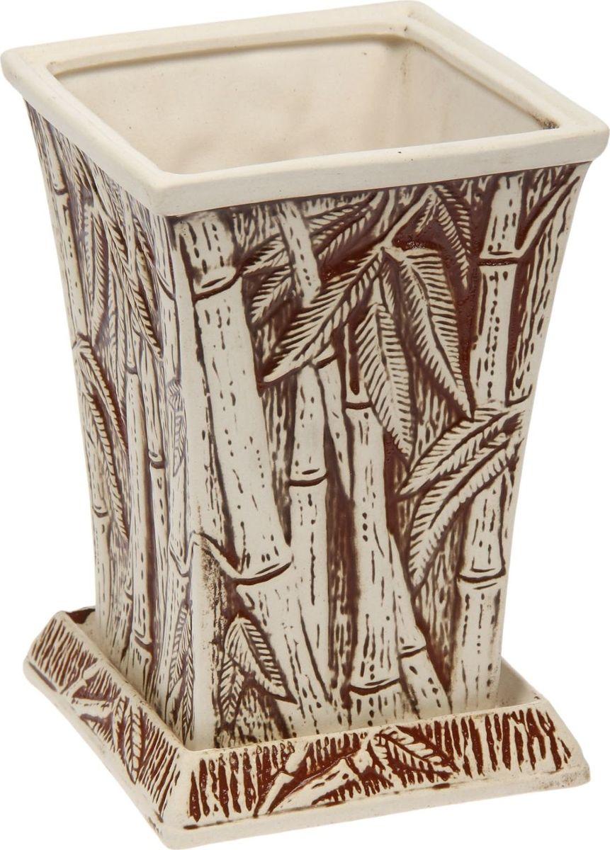 Кашпо Керамика ручной работы Бамбук, 2 л. 14758951345294Комнатные растения — всеобщие любимцы. Они радуют глаз, насыщают помещение кислородом и украшают пространство. Каждому из них необходим свой удобный и красивый дом. Кашпо из керамики прекрасно подходят для высадки растений: за счёт пластичности глины и разных способов обработки существует великое множество форм и дизайновпористый материал позволяет испаряться лишней влагевоздух, необходимый для дыхания корней, проникает сквозь керамические стенки! #name# позаботится о зелёном питомце, освежит интерьер и подчеркнёт его стиль.