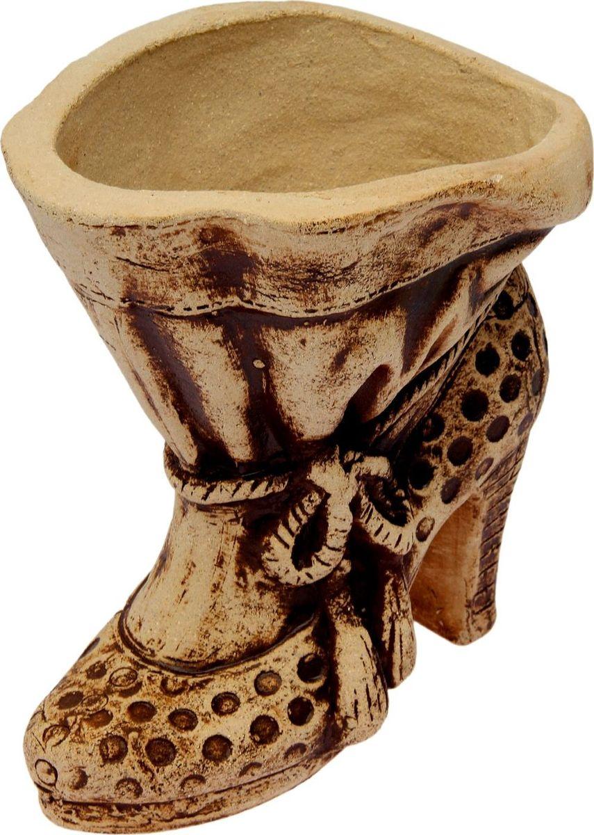 Горшок для цветов Керамика ручной работы Лабутен, 25 х 20 х 25 см531-402Это настоящая находка для садоводов. Это замечательное изделие, словно претерпевшее влияние времени, станет изысканной деталью вашего участка.Фигура выполнена исключительно из шамотной глины, которая делает её:абсолютно нетоксичнойустойчивой к воздействию окружающей среды (морозостойкой)устойчивой к изменению цвета и структуры (не шелушится и не облезает).При декорировании используются только качественные пигменты. Глина обжигается в два этапа: утилитный (900 °С) с последующим декорированием и политой (1100 °С). Такая технология придаёт изделию необходимую крепость.
