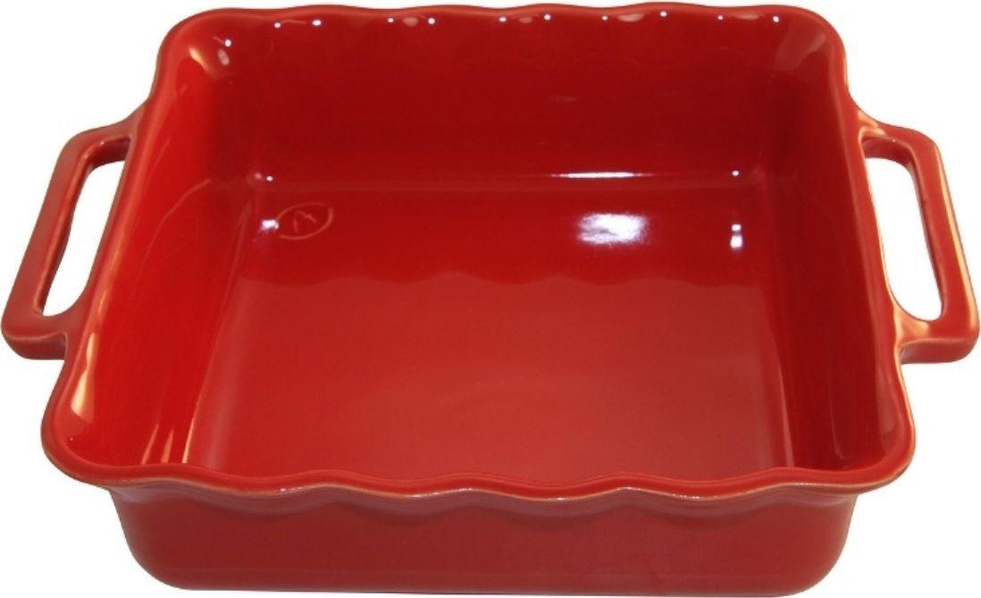 Форма для выпечки Appolia Delices, квадратная, цвет: красный, 3,3 л94672Благодаря большому разнообразию изящных форм и широкой цветовой гамме, коллекция DELICES предлагает всевозможные варианты приготовления блюд для себя и гостей. Выбирайте цвета в соответствии с вашими желаниями и вашей кухне. Закругленные углы облегчают чистку. Легко использовать. Большие удобные ручки. Прочная жароустойчивая керамика экологична и изготавливается из высококачественной глины. Прочная глазурь устойчива к растрескиванию и сколам, не содержит свинца и кадмия. Глина обеспечивает медленный и равномерный нагрев, деликатное приготовление с сохранением всех питательных веществ и витаминов, а та же долго сохраняет тепло, что удобно при сервировке горячих блюд.