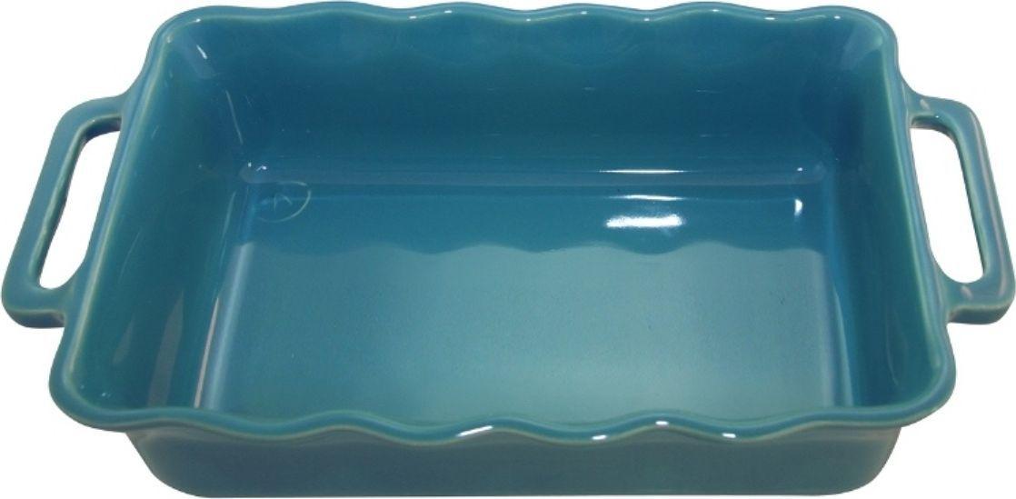Форма для выпечки Appolia Delices, прямоугольная, цвет: голубой, 1,8 лFS-91909Благодаря большому разнообразию изящных форм и широкой цветовой гамме, коллекция DELICES предлагает всевозможные варианты приготовления блюд для себя и гостей. Выбирайте цвета в соответствии с вашими желаниями и вашей кухне. Закругленные углы облегчают чистку. Легко использовать. Большие удобные ручки. Прочная жароустойчивая керамика экологична и изготавливается из высококачественной глины. Прочная глазурь устойчива к растрескиванию и сколам, не содержит свинца и кадмия. Глина обеспечивает медленный и равномерный нагрев, деликатное приготовление с сохранением всех питательных веществ и витаминов, а та же долго сохраняет тепло, что удобно при сервировке горячих блюд.