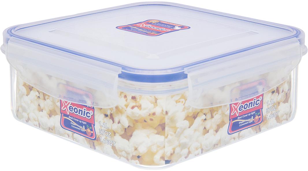 Контейнер Xeonic, цвет: прозрачный, синий, 1,1 л. 810005VT-1520(SR)Пластиковые герметичные контейнеры для хранения продуктов Xeonic произведены из высококачественных материалов, имеют 100% герметичность, термоустойчивы, могут быть использованы в микроволновой печи и в морозильной камере, устойчивы к воздействию масел и жиров, не впитывают запах. Удобны в использовании, долговечны, легко открываются и закрываются, не занимают много места, можно мыть в посудомоечной машине. Размер контейнера (с крышкой): 16 см х 16 см х 6,5 см.
