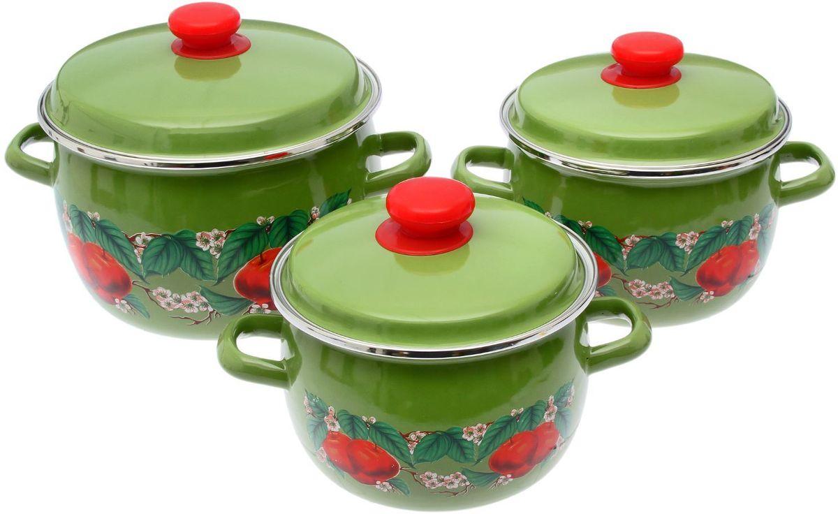 Набор кастрюль Epos Яблоко зеленое, с крышками, 6 предметовFS-91909Эмалированная посудая пригодится вам для быстрого приготовления разных типов блюд. Такая посуда подходит для домашнего и профессионального использования.Достоинства:посуда быстро и равномерно нагревается;корпус стоек к ржавчине;изделие легко отмывается в посудомоечной машине.Благодаря приятным цветам кастрюля удачно впишется в любой дизайн интерьера. Наилучшее качество покрытия достигается за счёт того, что посуда проходит обжиг при температуре до 800 градусов.Чтобы предмет сохранял наилучшие эксплуатационные свойства, соблюдайте правила ухода:избегайте ударов и падений;не пользуйтесь высокоабразивными чистящими средствами;не допускайте резких перепадов температуры.Посуда подходит для долговременного хранения пищи.
