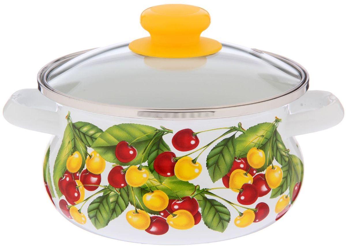 Кастрюля Epos Вкусняшка, с крышкой, 1,5 л115610Эмалированная кастрюля пригодится вам для быстрого приготовления разных типов блюд. Такая посуда подходит для домашнего и профессионального использования.Кастрюля цилиндрическая — помощь на кухне на долгие годы.Достоинства:посуда быстро и равномерно нагревается;корпус стоек к ржавчине;изделие легко отмывается в посудомоечной машине.Благодаря приятным цветам кастрюля удачно впишется в любой дизайн интерьера. Наилучшее качество покрытия достигается за счёт того, что посуда проходит обжиг при температуре до 800 градусов.Чтобы предмет сохранял наилучшие эксплуатационные свойства, соблюдайте правила ухода:избегайте ударов и падений;не пользуйтесь высокоабразивными чистящими средствами;не допускайте резких перепадов температуры.Посуда подходит для долговременного хранения пищи.