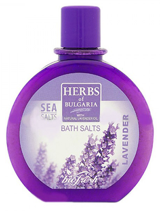 Herbs of Bulgaria Lavender Соль для ванны, 360 г61982Лаванда - одно из самых чудодейственных растений из всех, произрастающих на земле. Все целебные свойства и упоительный аромат этого волшебного цветка впитала в себя морская соль для ванны от Ceano Cosmetics. Стоит миниатюрным кристалликам чудо-соли упасть на водную гладь, как ваша ванная комната тут же заполнится расслабляющим благоуханием лаванды.Соль для ванн Лаванда поддерживает естественный минеральный баланс кожи и придает ей свежесть. Имеет хороший релаксирующий эффект. Дезодорирует, питает и регенерирует кожу. Вдохните дивный аромат полной грудью, и тягостное чувство усталости и напряженности в тот же миг покинет вас. Медленно окунитесь в теплую воду, окрашенную солью от Ceano Cosmetics, как будто погружаетесь в море наслаждения и покоя. Уже после первого купания с описываемой солью ваша кожа обретет невероятную мягкость, нежность и гладкость. Тело освежится, а самочувствие станет великолепным.