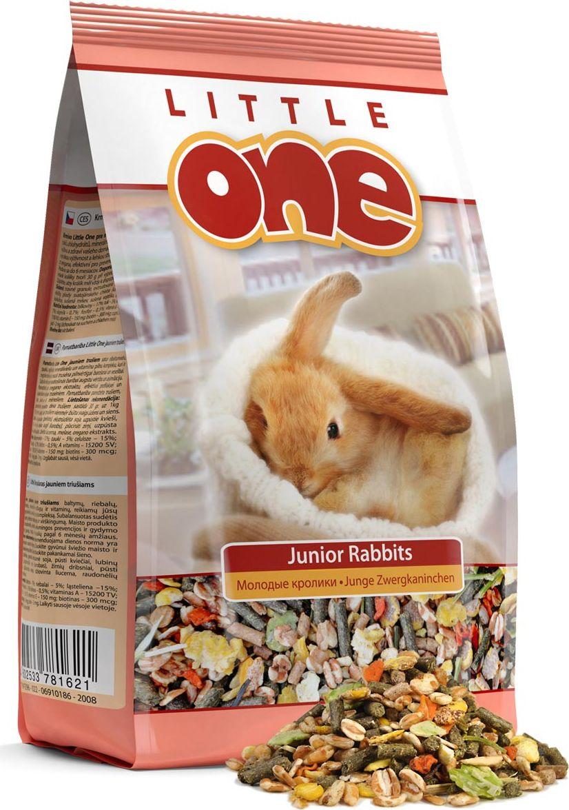 Корм для молодых кроликов Little One, 900 г корм лакомство для кроликов праздничный обед 270 г
