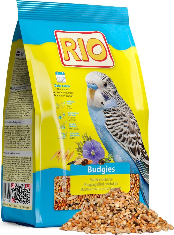 Корм для волнистых попугайчиков Rio Основной рацион, 1 кг0120710Корм Rio Основной рацион - тщательно сбалансированная зерновая смесь для ежедневного кормления волнистых попугайчиков. В состав отобраны самые полезные и любимые зерна и семена. Их разнообразие обеспечит птицу всеми необходимыми питательными веществами. Товар сертифицирован.