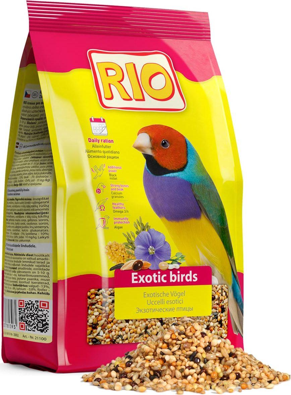 Корм для экзотических видов птиц Rio, 1 кг + ПОДАРОК: ЛакомствоTF-00500Основной корм Rio - тщательно сбалансированная зерновая смесь для ежедневного кормления амадин, астрильдов и других видов ткачиков. В состав отобраны самые полезные и любимые зерна и семена, такие как мелкие сорта проса и редкие компоненты: паникум желтый, паникум красный, пайза, абиссинский нуг и другие. Они обеспечат вашу птицу всеми необходимыми питательными веществами. В подарок входит лакомство, которое можно подвесить в клетке. Товар сертифицирован.