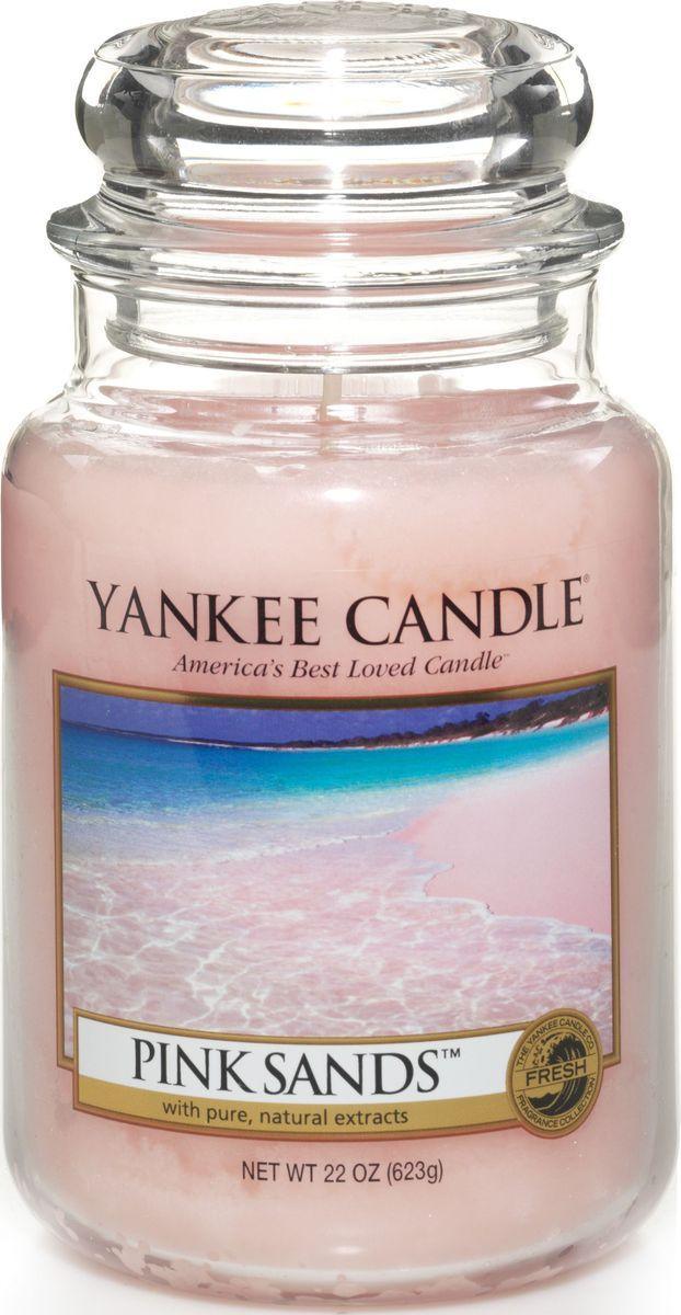Ароматическая свеча Yankee Candle Розовые пески / Pink Sands, 110-150 ч1205337ЕАроматическая свеча Yankee Candle не только окутает вас волшебным ароматом, но еще и прекрасно впишется в интерьер. Использовать изделие можно как в доме, так и на веранде или в саду. Свеча в стеклянной банке с крышкой выполнена из высокоочищенного парафина с добавлением натуральных эфирных масел. Стекло делает горение свечи безопасным.Описание ароматической композиции: потрясающий сладко-свежий аромат моря, ветра и романтики. Верхняя нота: Цитрусовые, Дыня, Ягоды.Средняя нота: Османтус.Базовая нота: Пряная ваниль, Мускус, Древесные.