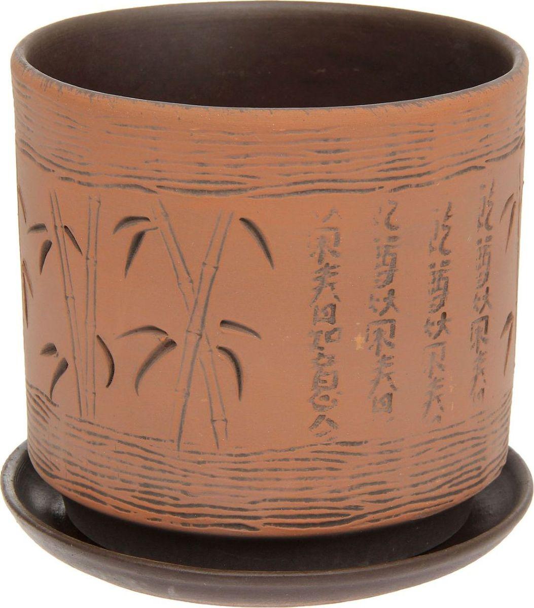 Кашпо Бамбук, 1,6 л1138524Комнатные растения — всеобщие любимцы. Они радуют глаз, насыщают помещение кислородом и украшают пространство. Каждому из них необходим свой удобный и красивый дом. Кашпо из керамики прекрасно подходят для высадки растений: за счёт пластичности глины и разных способов обработки существует великое множество форм и дизайновпористый материал позволяет испаряться лишней влагевоздух, необходимый для дыхания корней, проникает сквозь керамические стенки! #name# позаботится о зелёном питомце, освежит интерьер и подчеркнёт его стиль.