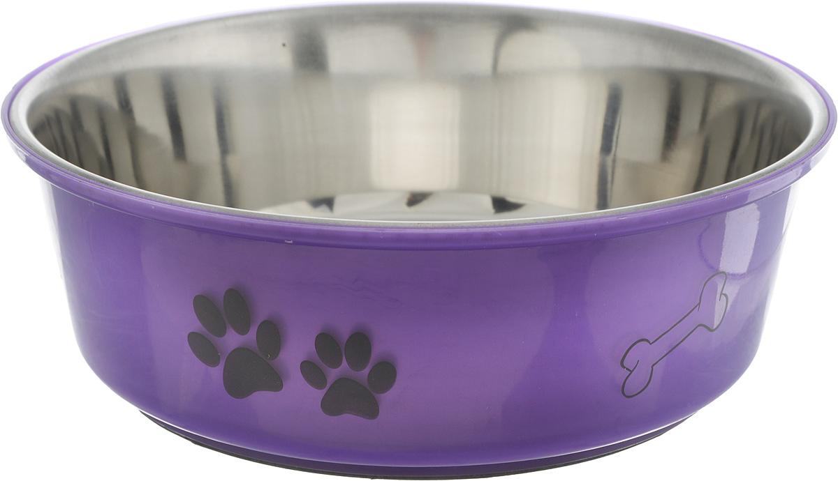Миска для собак Каскад, цвет: фиолетовый, стальной, 1,5 л0120710Миска для собак Каскад, изготовленная из высококачественного пластика и нержавеющей стали, предназначена для корма и воды. Она порадует удобством использования как самих животных, так и их хозяев. Яркий дизайн придаст изделию индивидуальность и удовлетворит вкус самых взыскательных зоовладельцев. Основание миски снабжено нескользящей резиновой вставкой, благодаря которой она устойчива на любой поверхности. Объем: 1500 мл. Диаметр миски (по верхнему краю): 21,5 см.Диаметр основания: 16,5 см. Высота миски: 7,5 см.