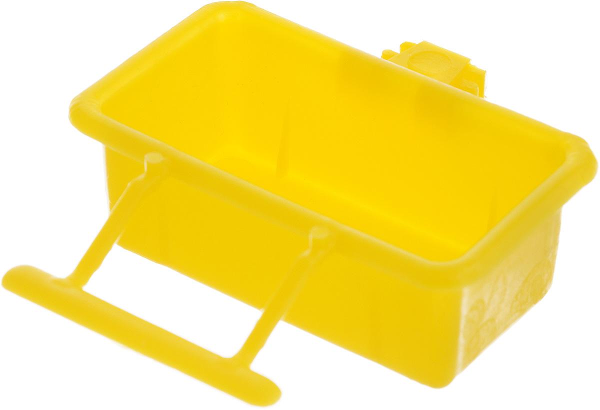 Кормушка для птиц Каскад Бриллиант, 50 мл33300506_желтыйКормушка для птиц Каскад Бриллиант выполнена из прочного пластика и имеет квадратную форму. Отлично подойдет для кормления вашей птички. Изделие оснащено удобным фиксатором.Объем кормушки: 50 мл.Уважаемые клиенты! Обращаем ваше внимание на ассортимент в цвете товара. Поставка возможна в одном из вариантов нижеприведенных цветов, в зависимости от наличия на складе.