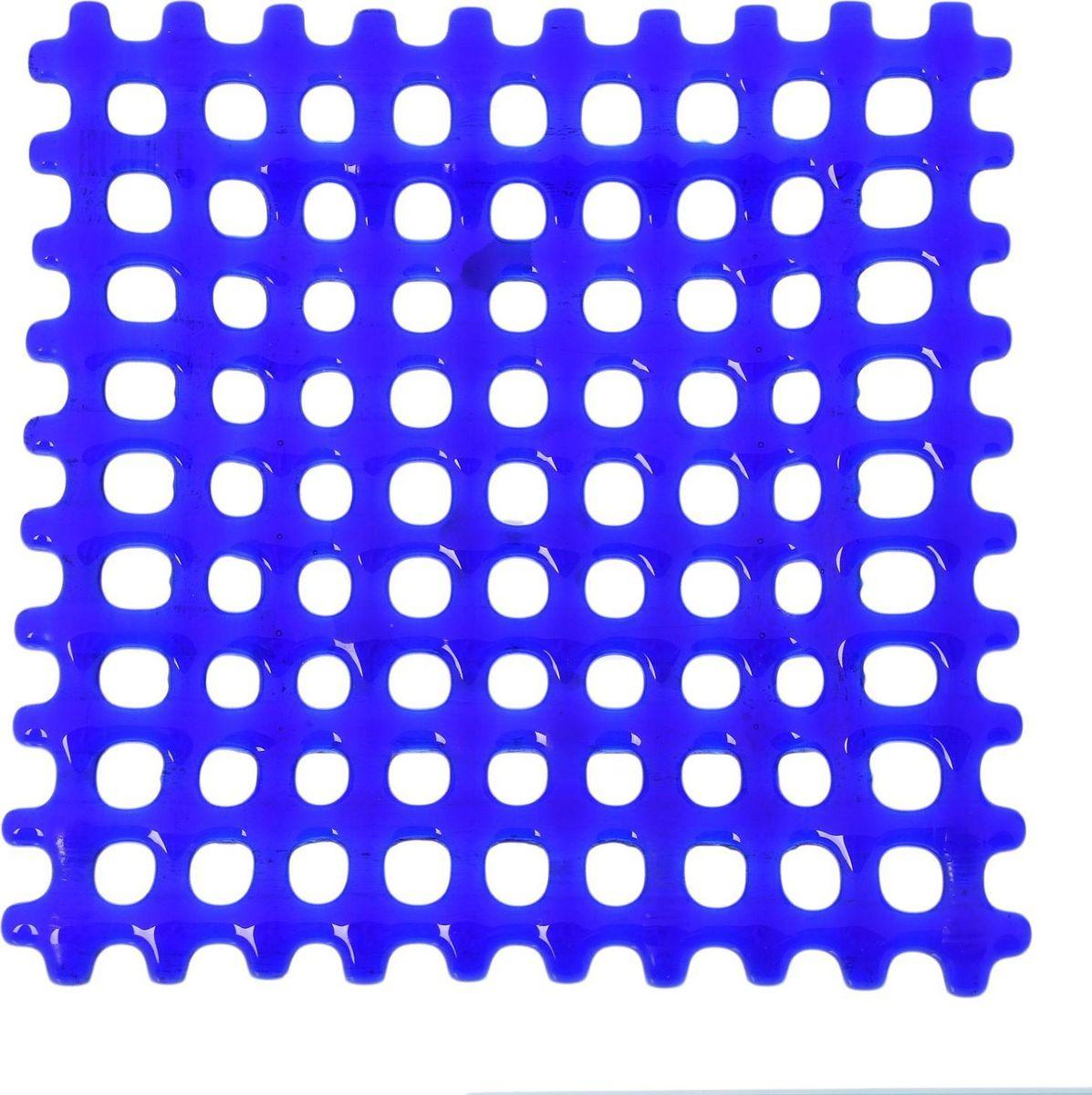 Тарелка декоративная Декостек Соломка, цвет: синий, 21 см. 2261761300250_Россия, синийОригинальная посуда — свидетельство особого отношения хозяев дома к гостям. Изделия изготовлены необычным образом: несколько видов стекла спекаются в печи при температуре около 800 градусов. В результате этого получается уникальный продукт, по внешнему виду сходный с витражом. Стекло, полученное с помощью фьюзинга, отличают особенная прозрачность и глубина цвета, оно сохраняет оттенок и не подвержено старению.Особенности предмета:тщательная обработка рельефа поверхности;высококачественный узор;высокая прочность – изделия можно мыть в посудомоечной машине.Такой предмет станет прекрасным подарком по любому случаю. В комплект входит подставка и декоративная коробка.