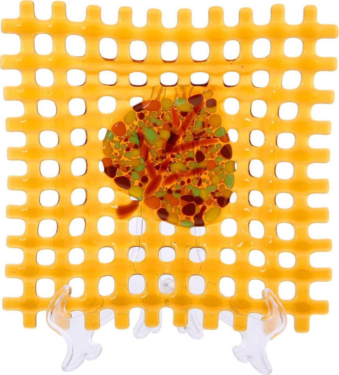 Тарелка декоративная Декостек Соломка, цвет: оранжевый, 21 см. 226176225051 7_желтыйОригинальная посуда — свидетельство особого отношения хозяев дома к гостям. Изделия изготовлены необычным образом: несколько видов стекла спекаются в печи при температуре около 800 градусов. В результате этого получается уникальный продукт, по внешнему виду сходный с витражом. Стекло, полученное с помощью фьюзинга, отличают особенная прозрачность и глубина цвета, оно сохраняет оттенок и не подвержено старению.Особенности предмета:тщательная обработка рельефа поверхности;высококачественный узор;высокая прочность – изделия можно мыть в посудомоечной машине.Такой предмет станет прекрасным подарком по любому случаю. В комплект входит подставка и декоративная коробка.