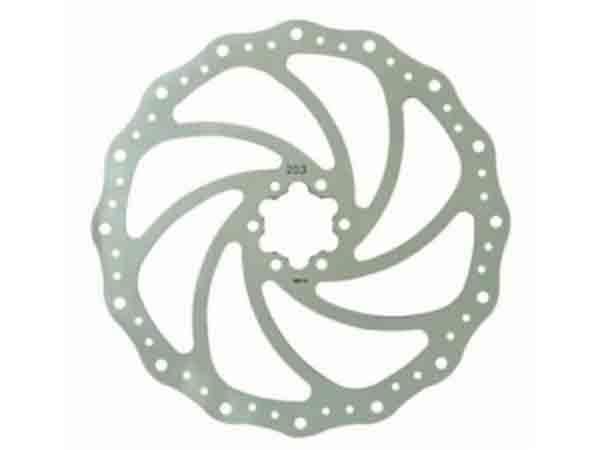 Тормозной диск Bike Attitude YJ014 160 мм, нержавеющая стальDBRD-YJ014-BA01Тормозной диск 160 мм из высокопрочной термостойкой стали со специальным рисунком для лучшего охлаждения диска и очищения тормозных колодок от грязи. Особая форма диска предотвращает неприятный звук, появляющийся при намокании колодок и диска. Диск легко устанавливается в стандартные места крепления на втулке под 6 болтов (они идут в комплекте). При установке диска внимательно ознакомьтесь с инструкцией и обратите внимание на сторону вращения (она помечена стрелкой на диске).• Диаметр диска 160 мм• Стандартное крепление по 6 болтов• 6 новых болтов в комплектеBIKE ATTITUDE – это крупнейший Тайваньский производитель высококачественных велосипедных аксессуаров и запчастей. Уже более 10-и лет Bike Attitude представляет свои товары в 15 странах мира.