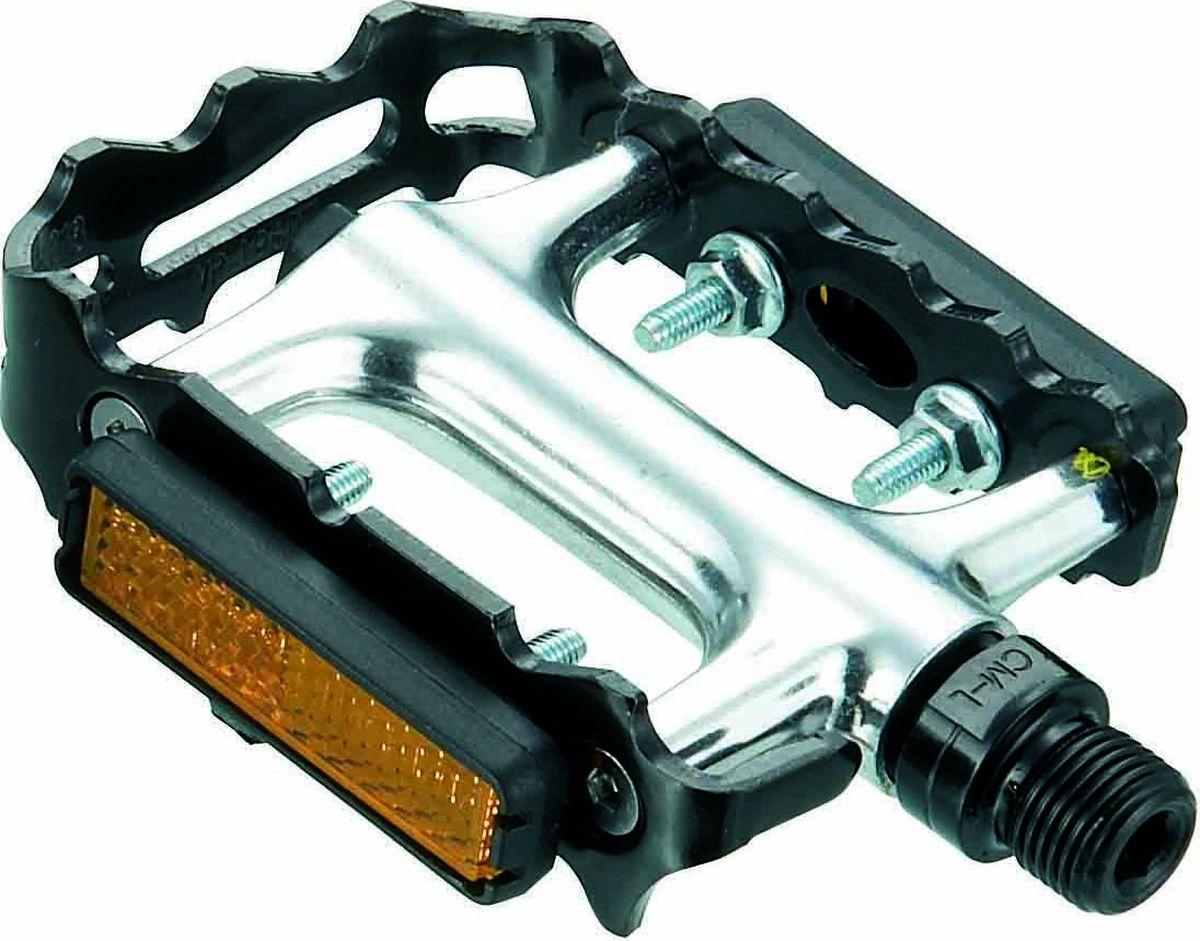 Педали Bike Attitude VP196, алюминиевые, промышленные подшибники, цвет: черныйDPD0-VP196-9C04Великолепные рамочные педали с классическим дизайном и очень плавным ходом, благодаря основе из промышленных подшипников. Подшипники данного типа отличаются повышенной износостойкостью и защищенностью от погодных факторов. Для вашей безопасности и больше заметности на дороге педали оснащены световозвращающими элементами. Педали могу быть установлены не только с помощью педального ключа 15 мм, но и 6 мм шестигранника.• Алюминиевая основа • Стальная рамка• Промышленные подшипники• Установка с помощью педального ключа 15 мм или 6 мм шестигранника• 2 шт в комплектеBIKE ATTITUDE – это крупнейший Тайваньский производитель высококачественных велосипедных аксессуаров и запчастей. Уже более 10-и лет Bike Attitude представляет свои товары в 15 странах мира.