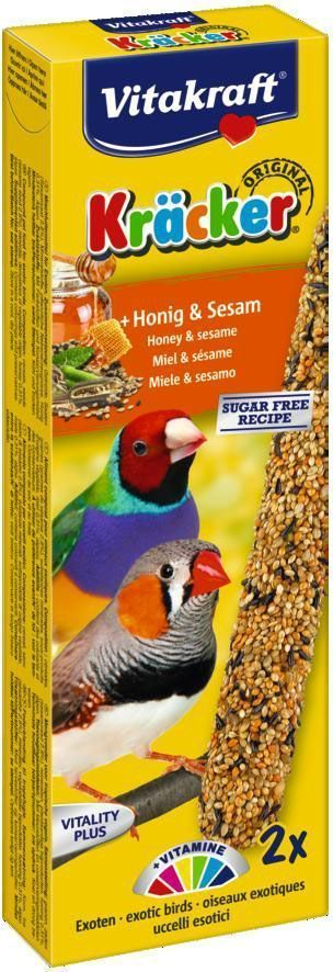 Крекеры для экзотических птиц Vitakraft, медовые, 2 шт28603Крекер содержит жизненно важные минералы и витамины, делает птицу жизнерадостной, так как она должна самостоятельно каждый раз добывать себе зерно, как в дикой природе. Натуральная деревянная палочка и зажим для крепления в клетке делают лакомство полезным и удобным в использовании. Состав: зерновые, хлебные изделия, фрукты 3%, растительные и минеральные вещества, мед, лецитин.Продукт содержит протеины-12.0%, жиры-3.7%, углеводы-63,5%, влагу-9%, витамины А, Д3.Товар сертифицирован.