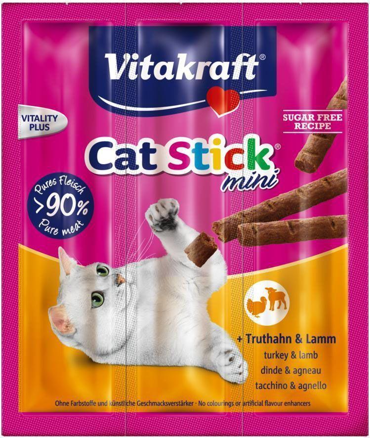 Лакомство для кошек Vitakraft Cat-Stick Mini, мясные колбаски с индейкой и ягненком, 3 х 6 г0120710Натуральные мясные колбаски без красителей и консервантов. Служат вкусным, питательным дополнением к основному корму, используются также для поощрения кошек. Состав: мясо и мясные субпродукты (индейка - 6%, ягненок - 6%), минеральные вещества, сахар. Гарантированный анализ: Протеин - 33,5% Жиры - 20,0% Клетчатка - 2,0% Зола - 9,0%. Товар сертифицирован.