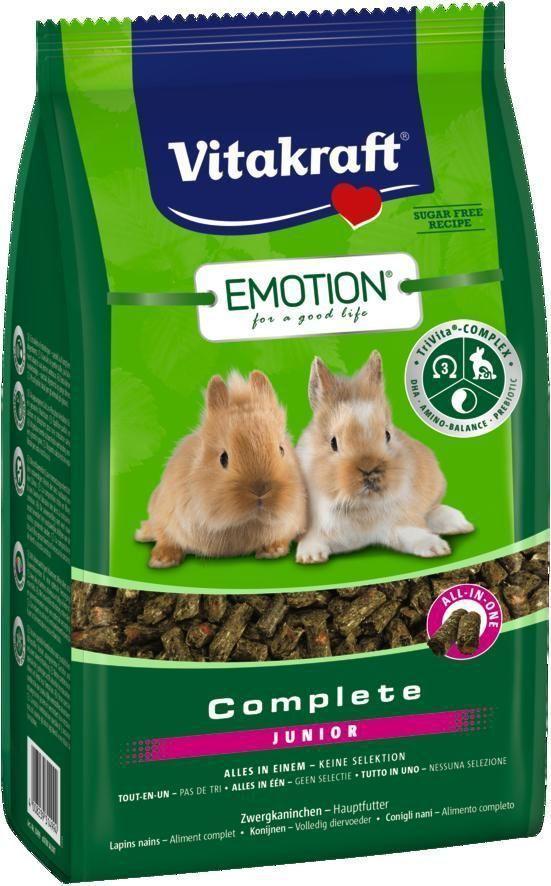 Корм для крольчат Vitakraft Complete, 800 г12171996Сбалансированный корм для крольчат до 6 месяцев. Содержит пребиотик инулин, все жизненно важные аминокислоты и докозагексаеновую кислоту, наиболее ценную из Омега-3 жирных кислот, важную для функции сердца, головного мозга и иммунной системы. Исключает выборочное поедание. Состав: продукты растительного происхождения (тимофеевка луговая 15%), злаки, инулин 2,1%, минералы, семена (семена фенхеля 1%), водоросли, экстракт юкки, дрожжи. Анализ состава: 17% клетчатка, 0,8% кальций, 0,4% фосфор, 0,06% ДГК. Пищевые добавки на 1 кг: DL-метионин 980,1 мг, витамин А 14000 МЕ, витамин Д3 900 МЕ, селен 0,25 мг, железо 48,03 мг, йод 0,94 мг, медь 12,55 мг, марганец 37,66 мг, цинк 78,69 мг. Товар сертифицирован.